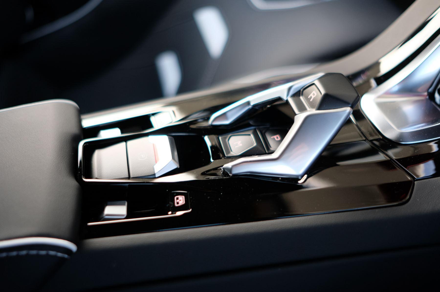 Lamborghini Huracan EVO Spyder 5.2 V10 640 2dr Auto AWD image 21