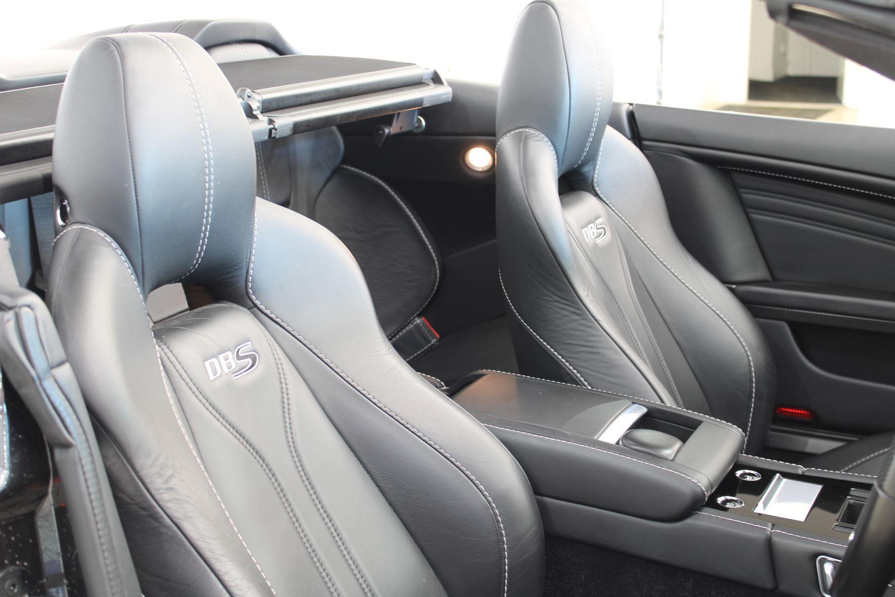 Aston Martin DBS CARBON V12 2dr Volante Touchtronic image 16