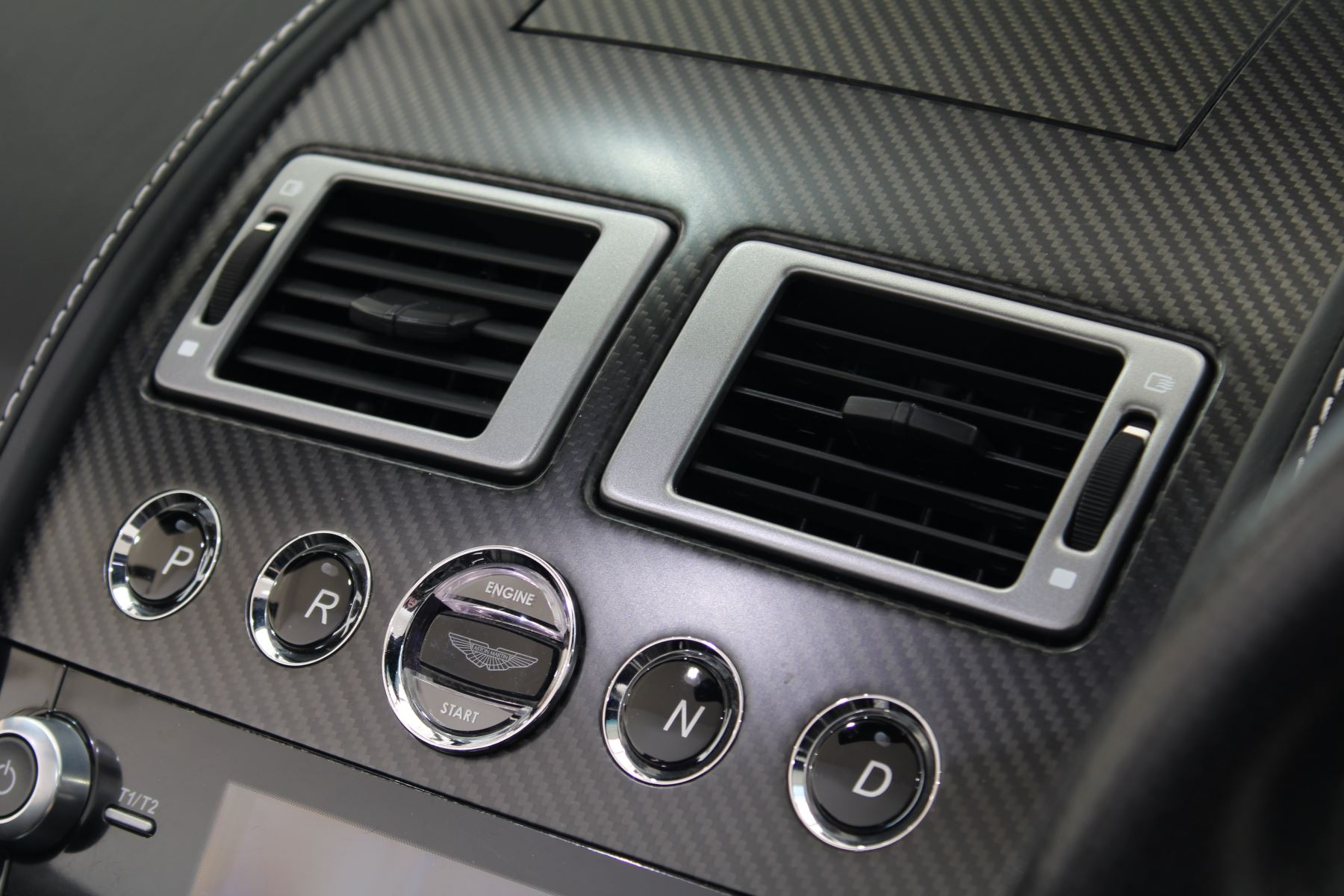 Aston Martin DBS CARBON V12 2dr Volante Touchtronic image 21