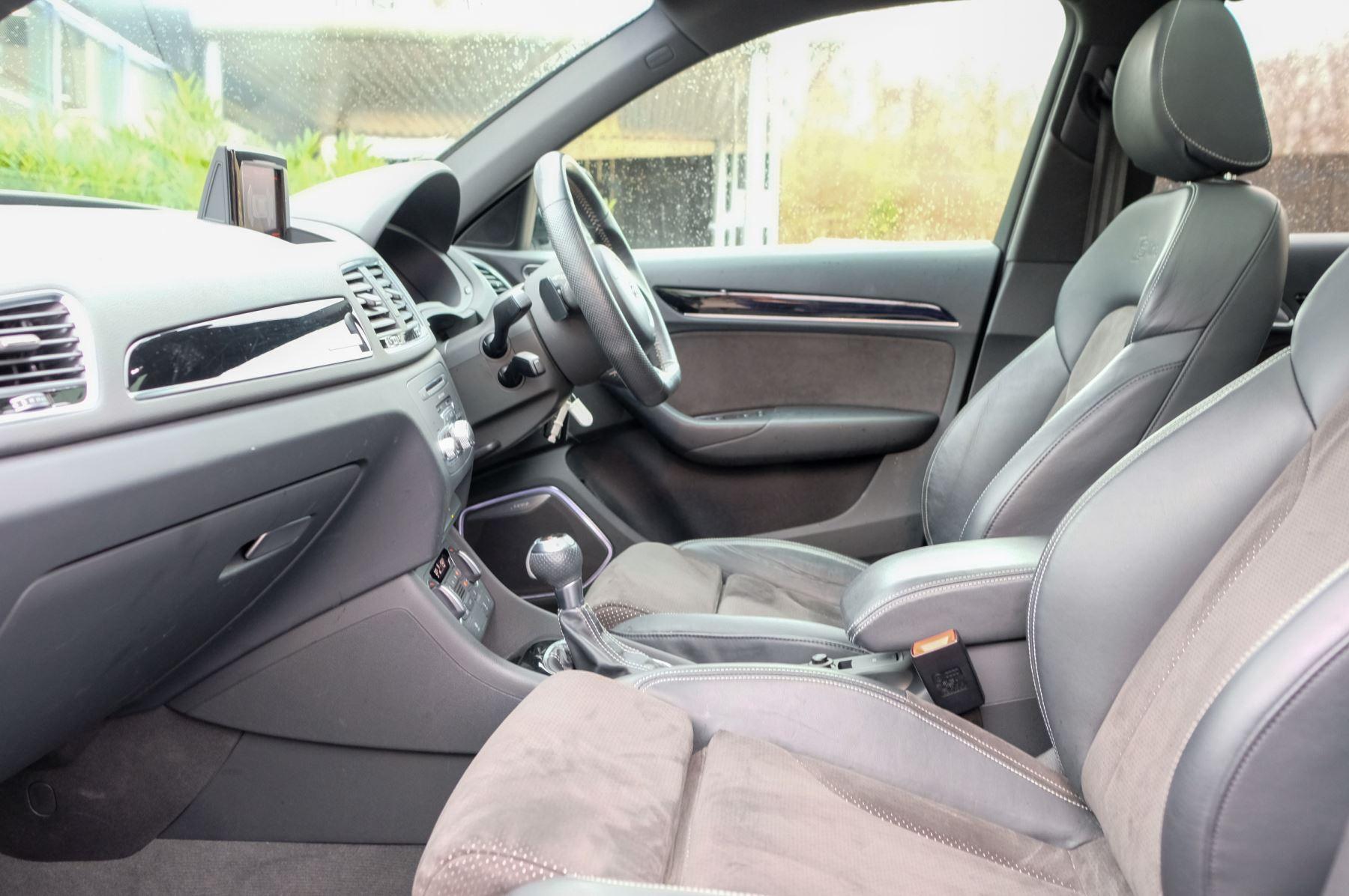 Audi Q3 2.0T FSI Quattro Black Edition 5dr S Tronic - Panoramic glass sunroof image 20