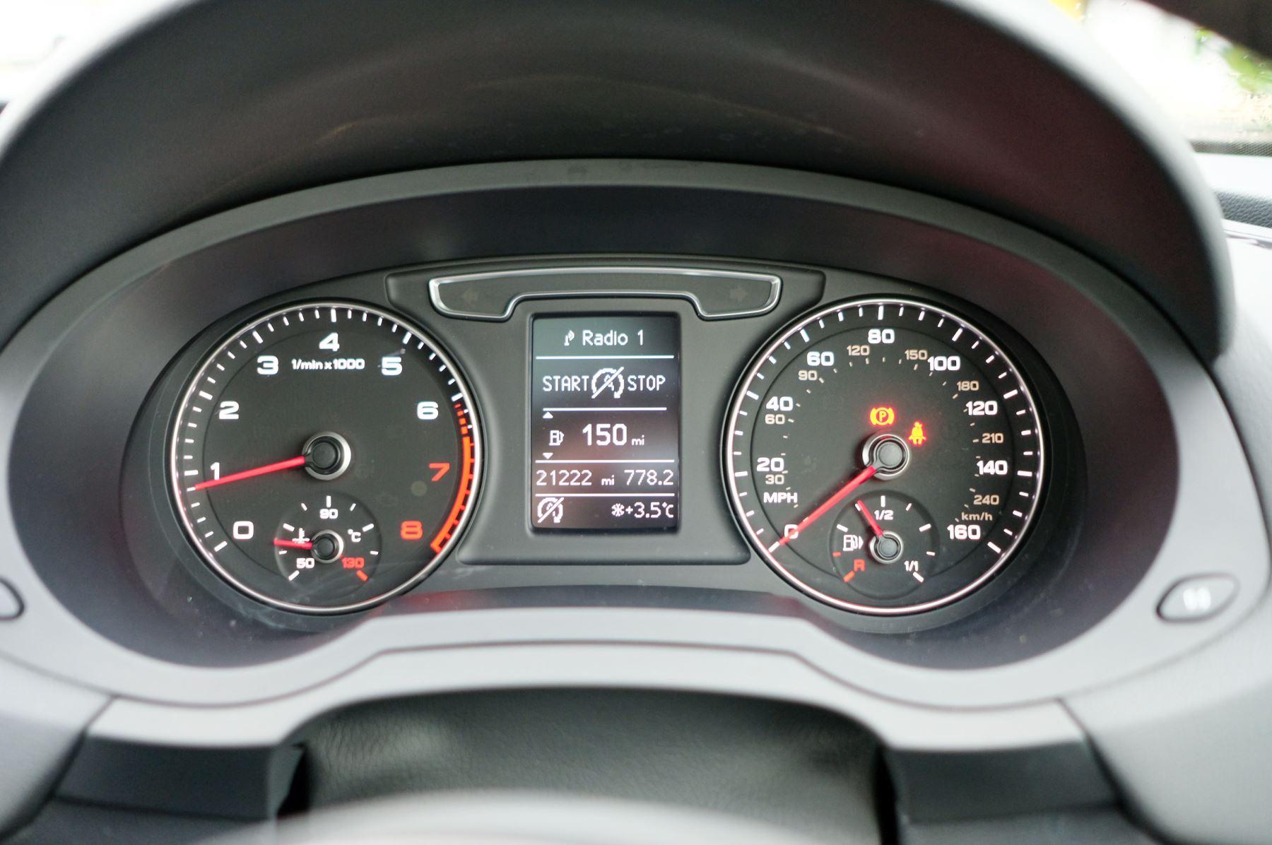 Audi Q3 2.0T FSI Quattro Black Edition 5dr S Tronic - Panoramic glass sunroof image 26
