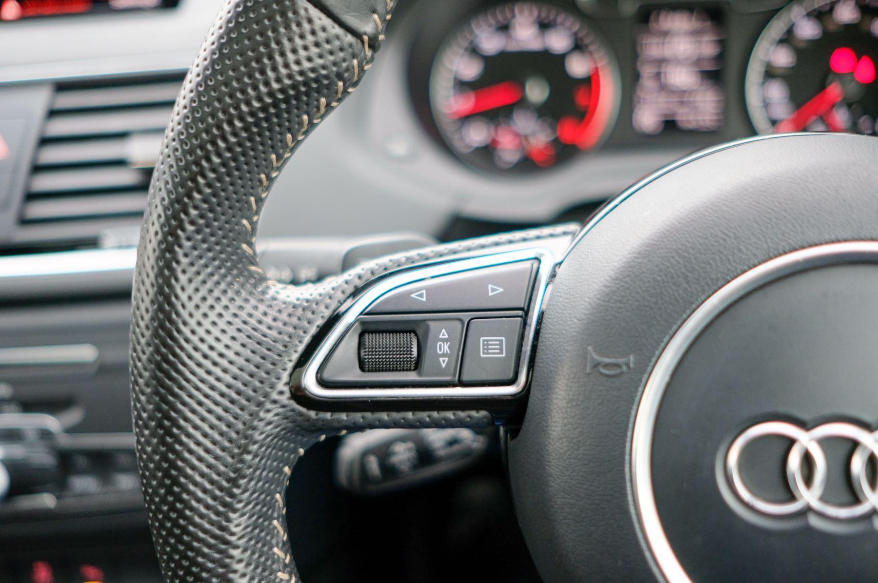 Audi Q3 2.0T FSI Quattro Black Edition 5dr S Tronic - Panoramic glass sunroof image 27
