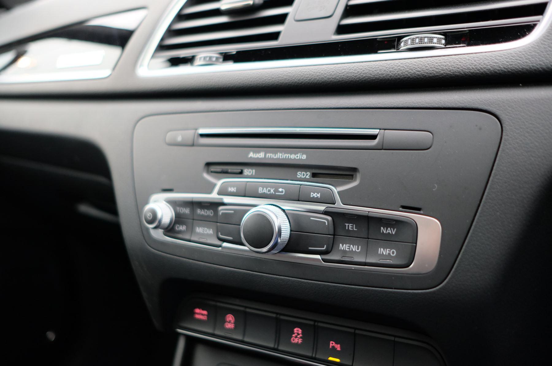 Audi Q3 2.0T FSI Quattro Black Edition 5dr S Tronic - Panoramic glass sunroof image 30
