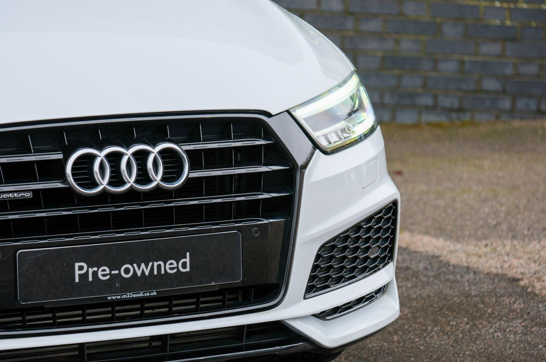 Audi Q3 2.0T FSI Quattro Black Edition 5dr S Tronic - Panoramic glass sunroof image 3