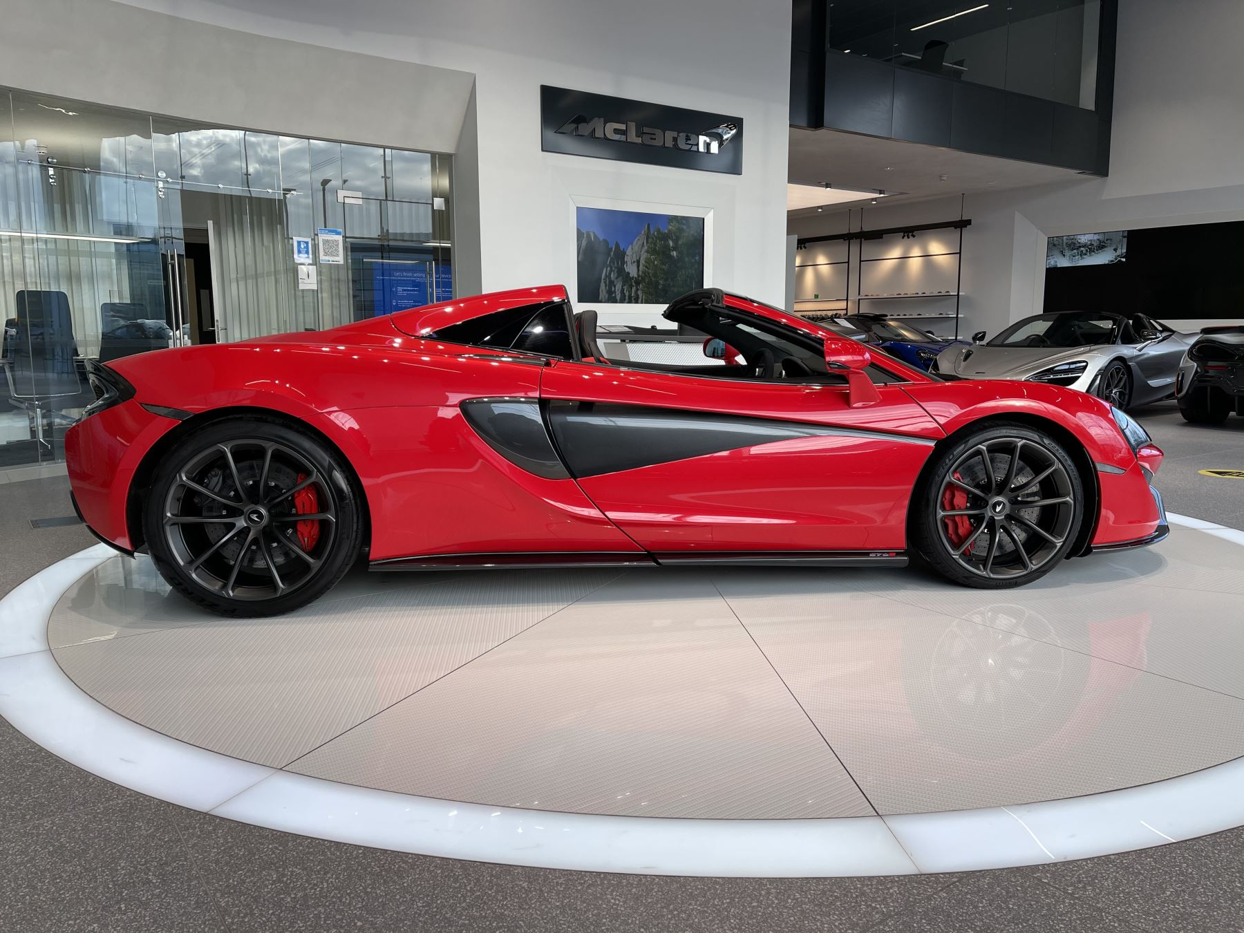 McLaren 570S Spider SSG  image 3