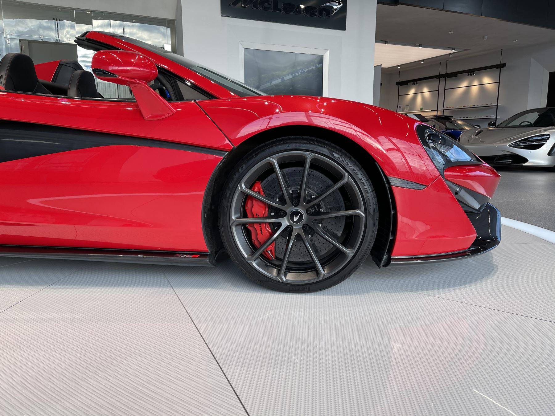 McLaren 570S Spider SSG  image 4