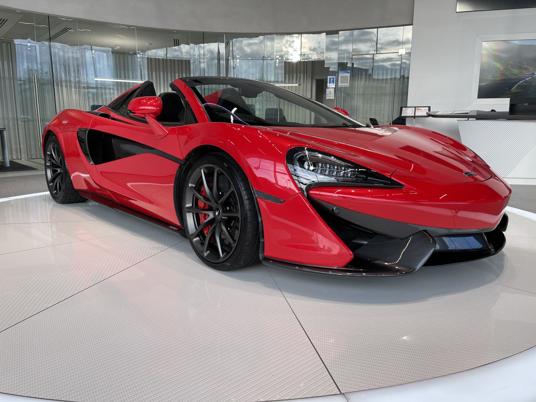 McLaren 570S Spider SSG  3.8 Semi-Automatic 2 door Convertible (2018)