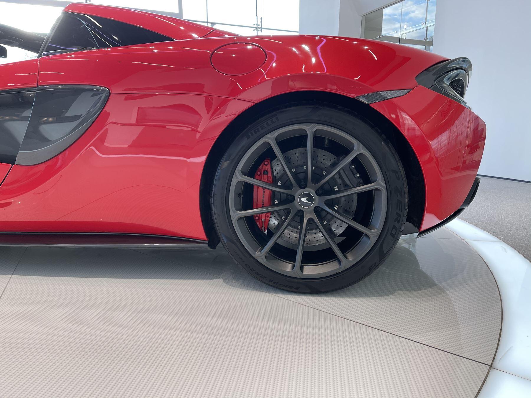 McLaren 570S Spider SSG  image 8