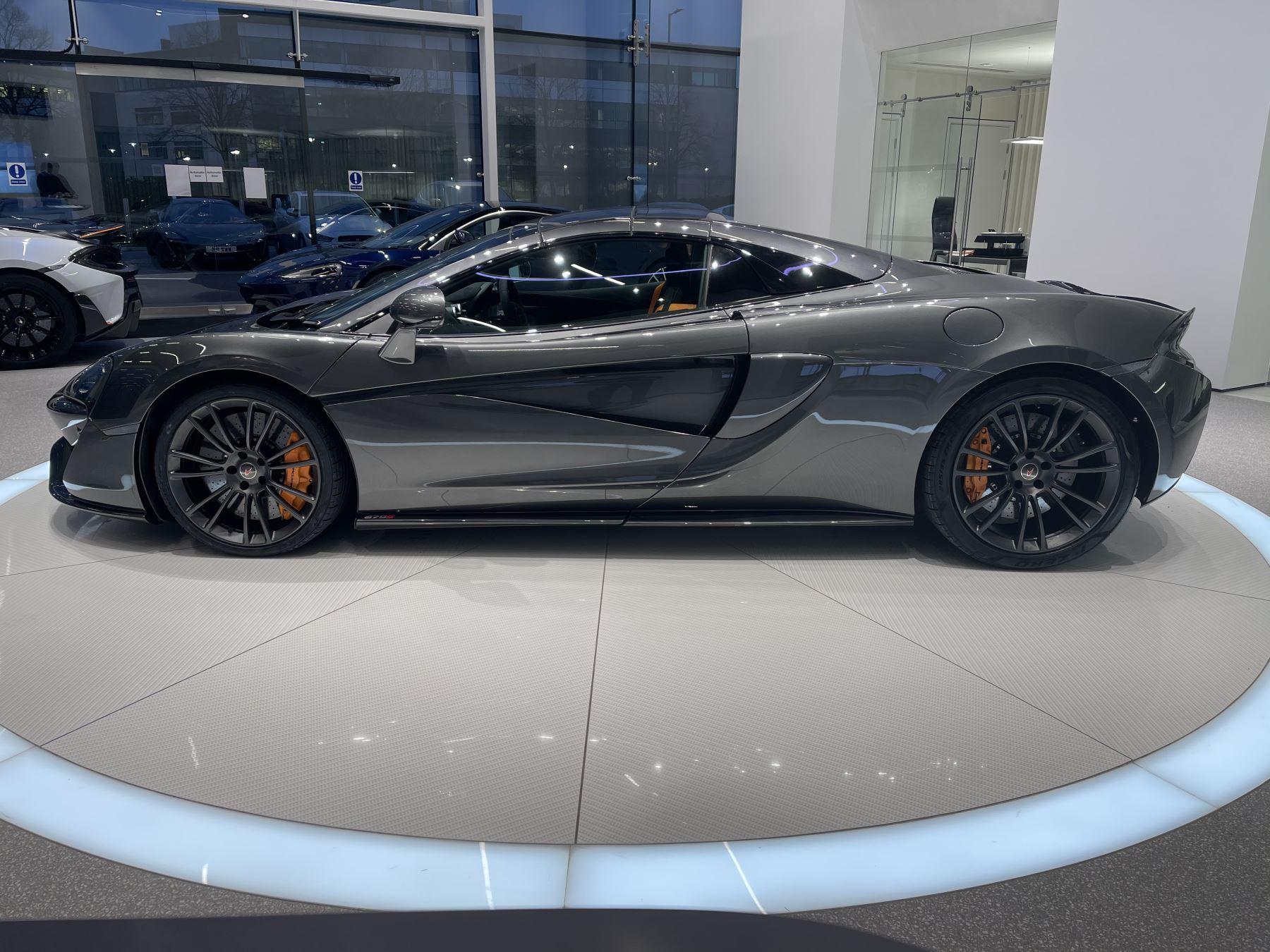 McLaren 570S Spider V8 2dr SSG image 12