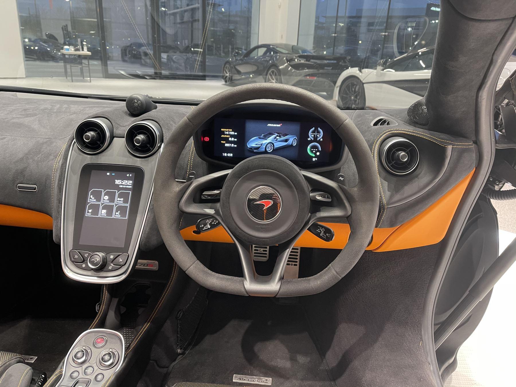 McLaren 570S Spider V8 2dr SSG image 29