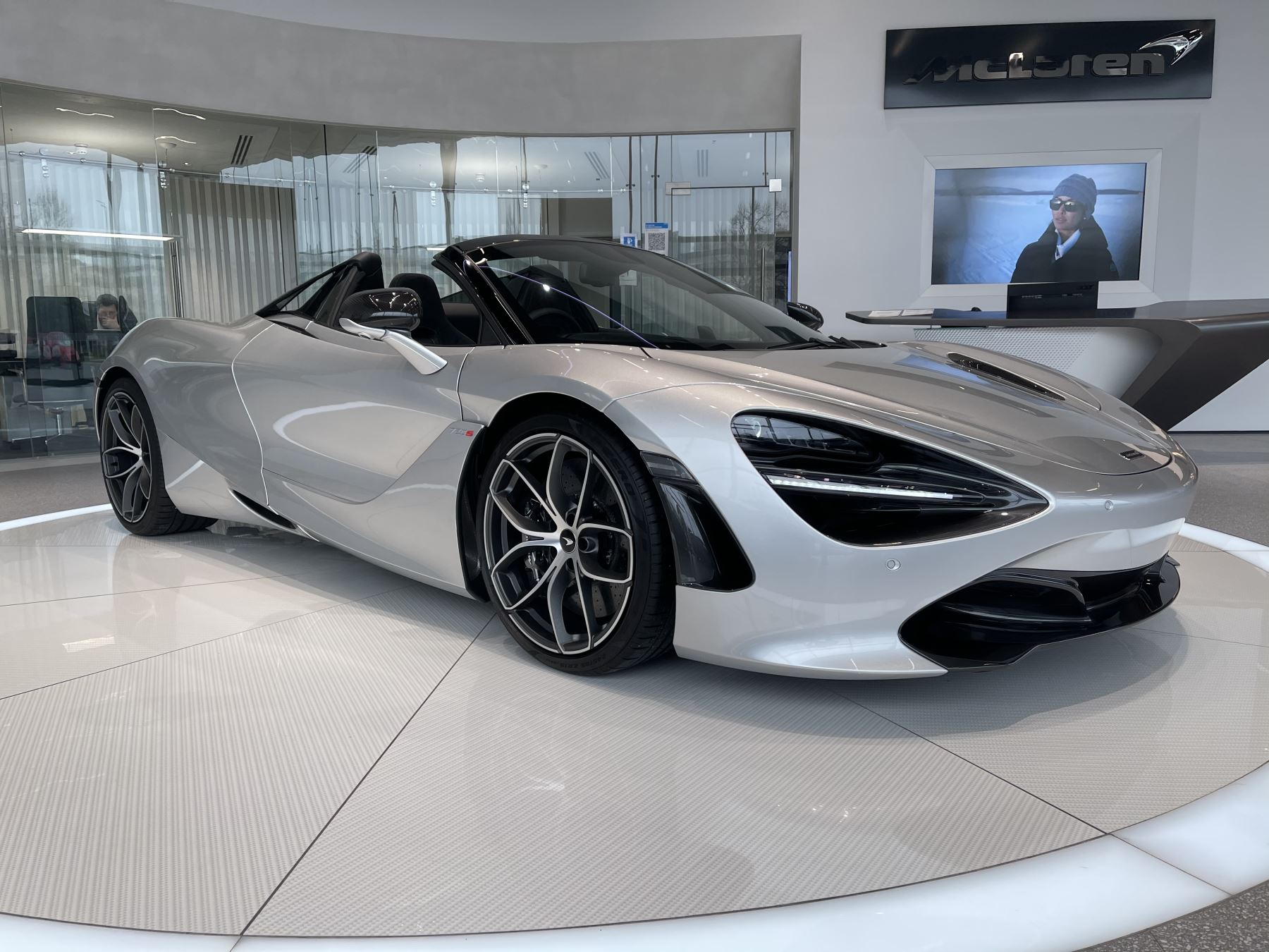 McLaren 720S Spider 4.V8 2 DR PERFORMANCE 4.0 Automatic 2 door Convertible (2021)
