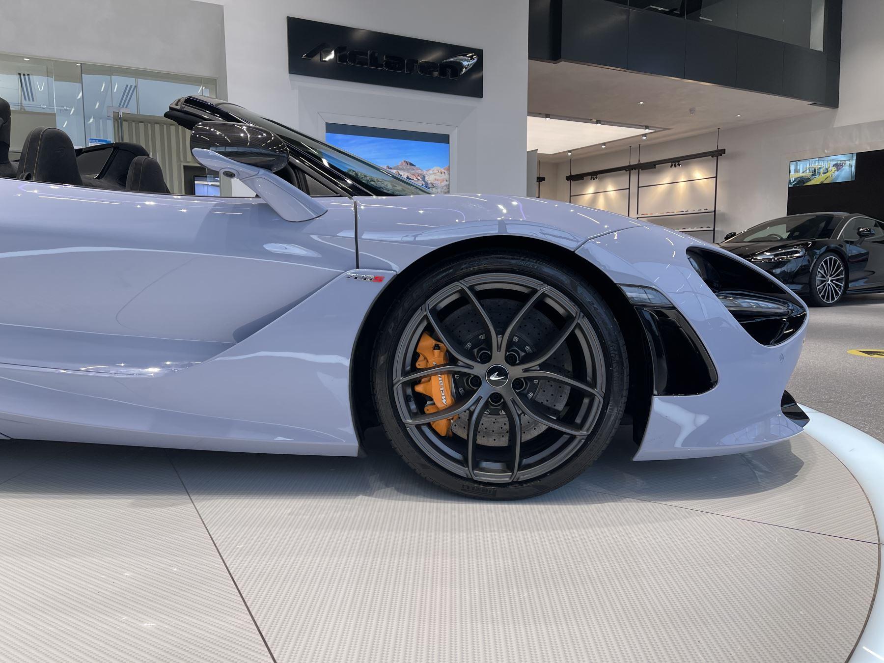 McLaren 720S Spider Performance FULL CAR PPF AND SUPERB SPEC image 7