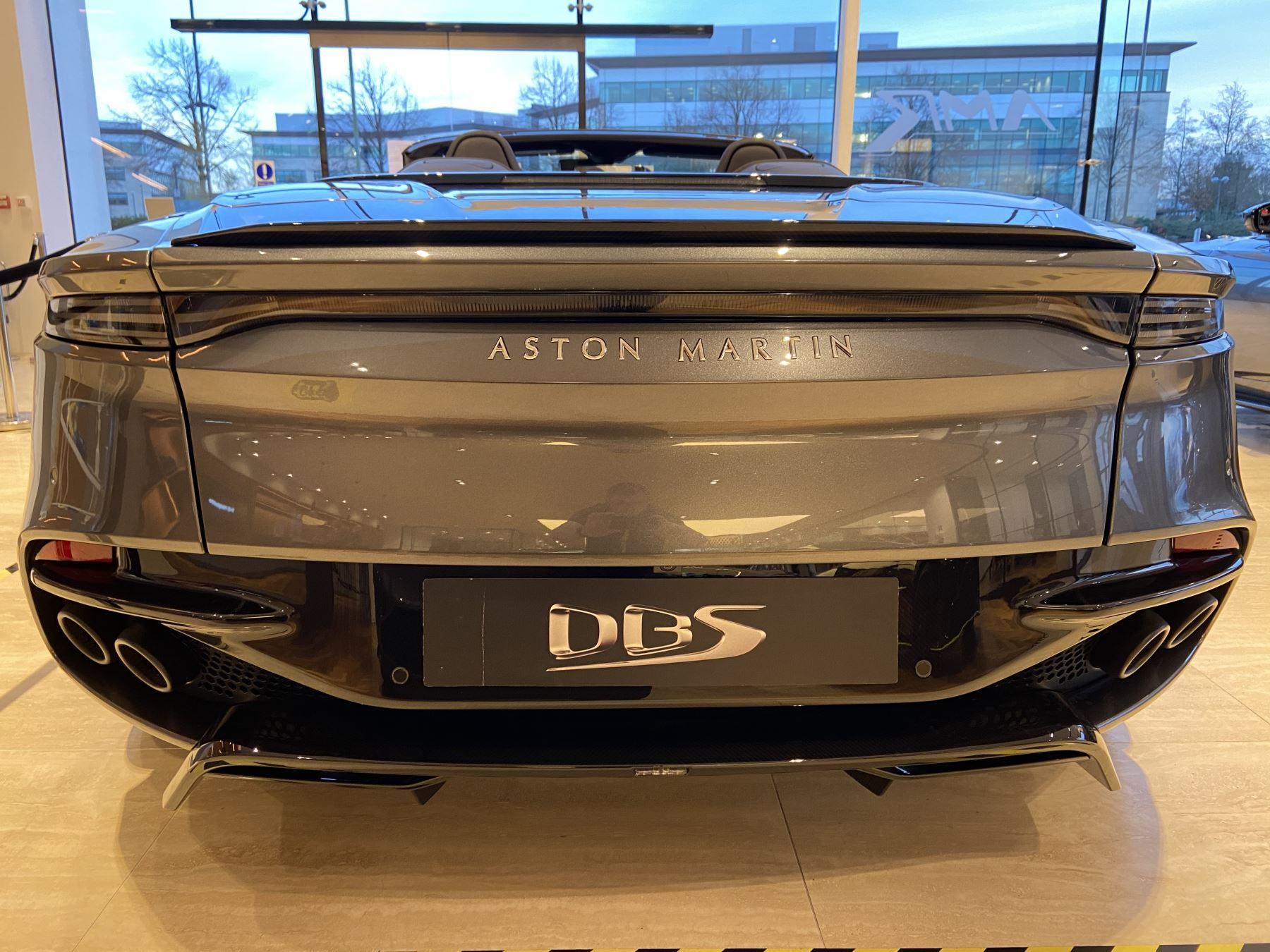Aston Martin DBS V12 Superleggera Volante Touchtronic image 9