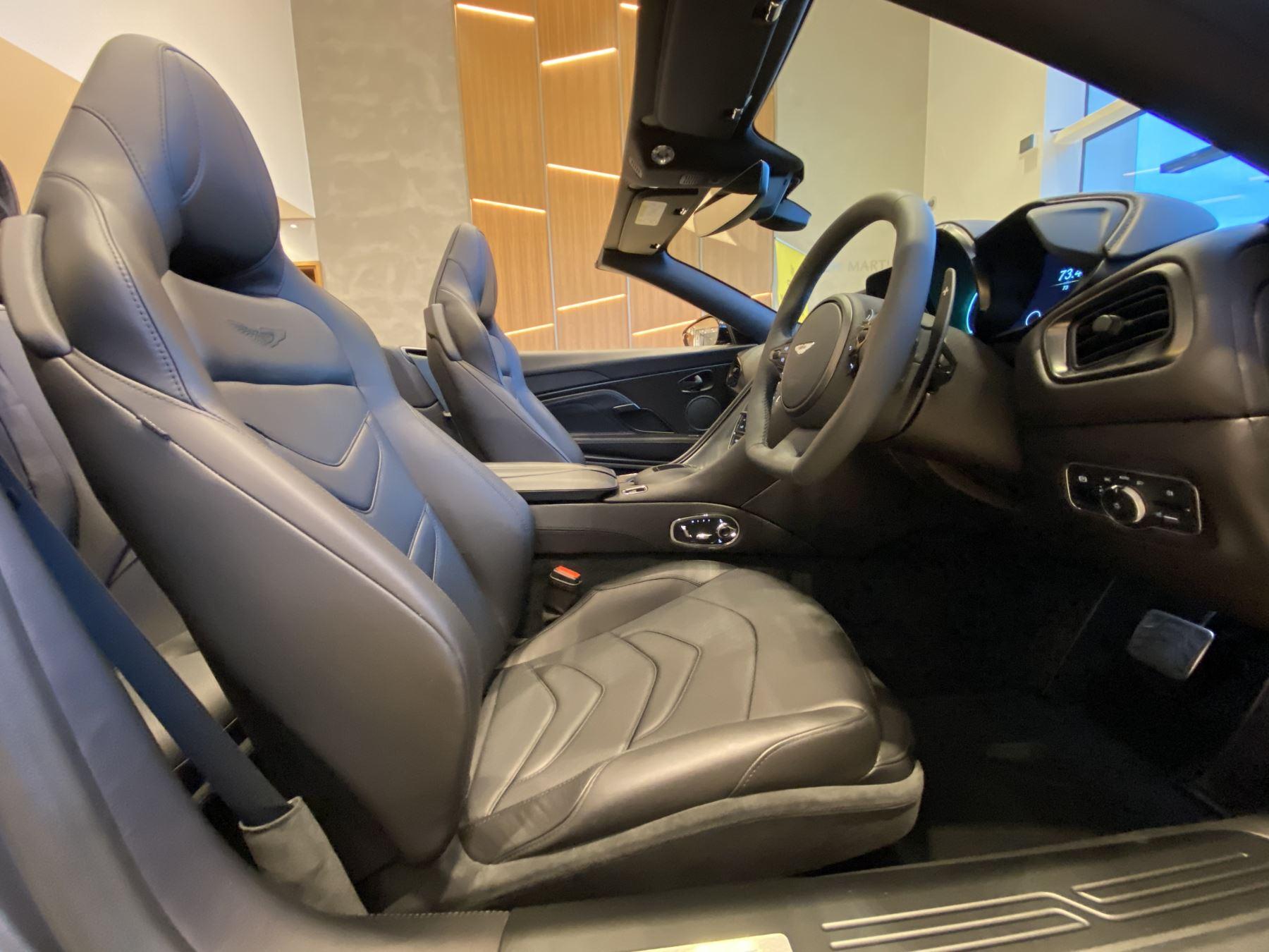 Aston Martin DBS V12 Superleggera Volante Touchtronic image 16