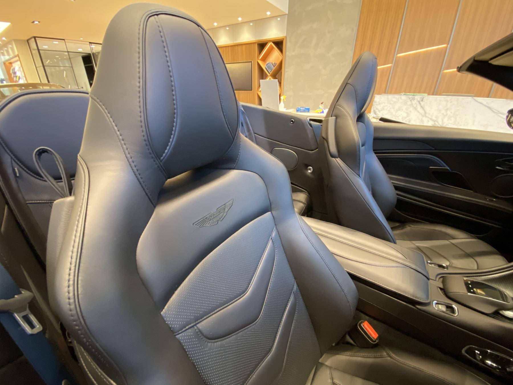 Aston Martin DBS V12 Superleggera Volante Touchtronic image 18