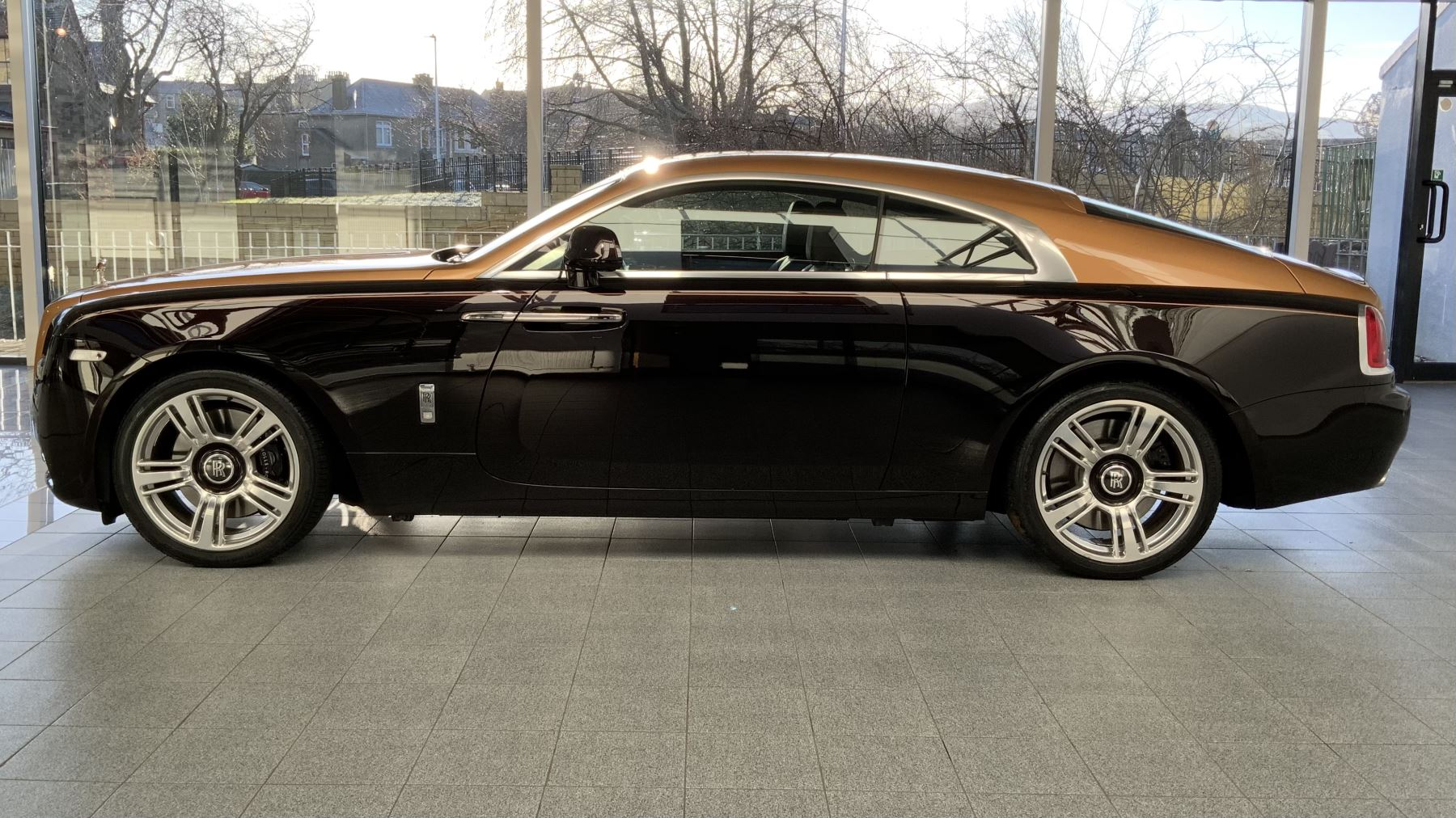 Rolls-Royce Wraith V12 6.6 Automatic 2 door Coupe (2016)