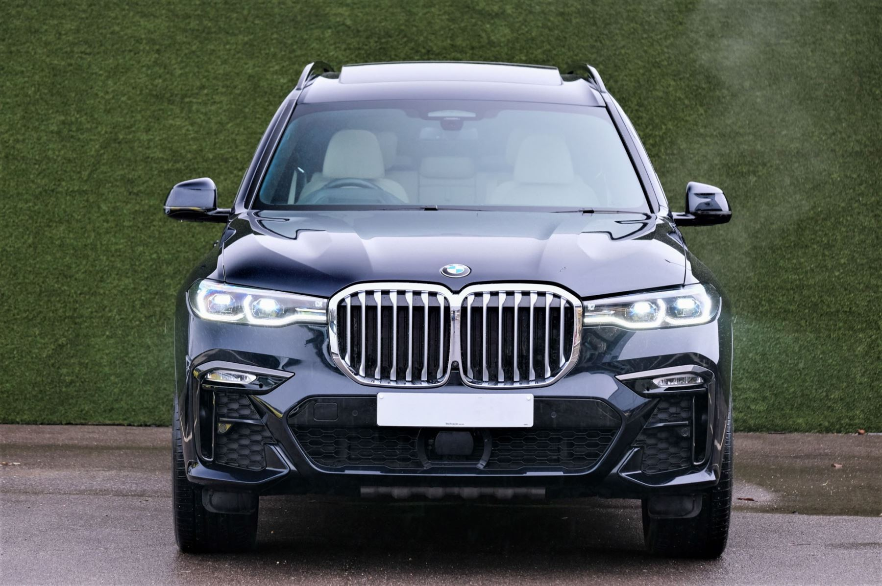 BMW X7 xDrive40i M Sport 5dr Step - Head up Display - M Sport exhaust system image 2