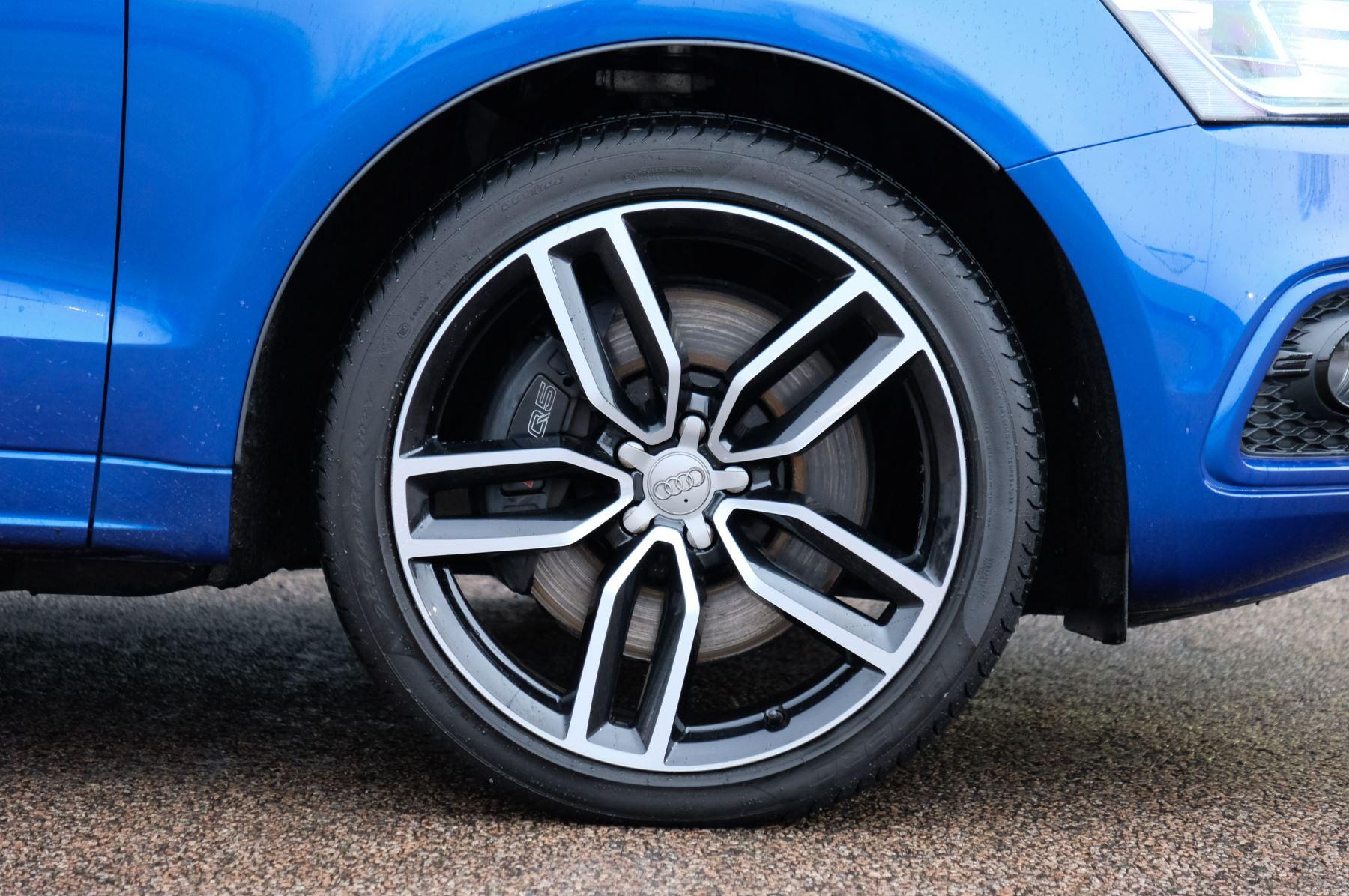 Audi Q5 SQ5 Plus Quattro 5dr Tip - Adaptive cruise control image 5