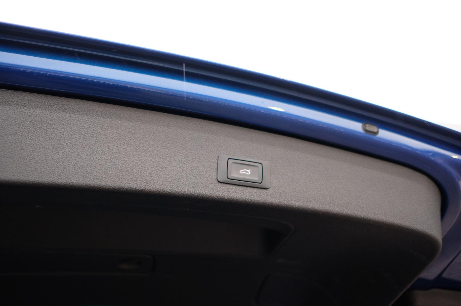 Audi Q5 SQ5 Plus Quattro 5dr Tip - Adaptive cruise control image 9