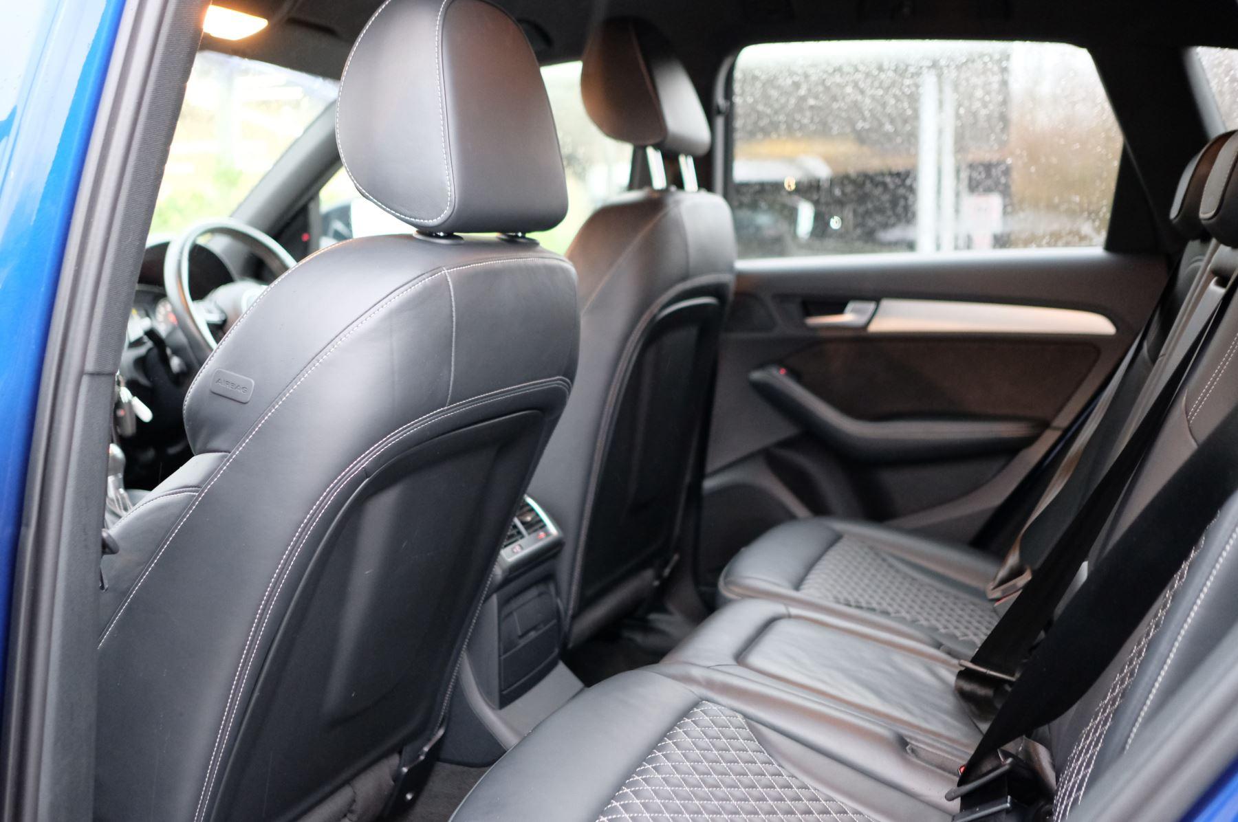 Audi Q5 SQ5 Plus Quattro 5dr Tip - Adaptive cruise control image 11
