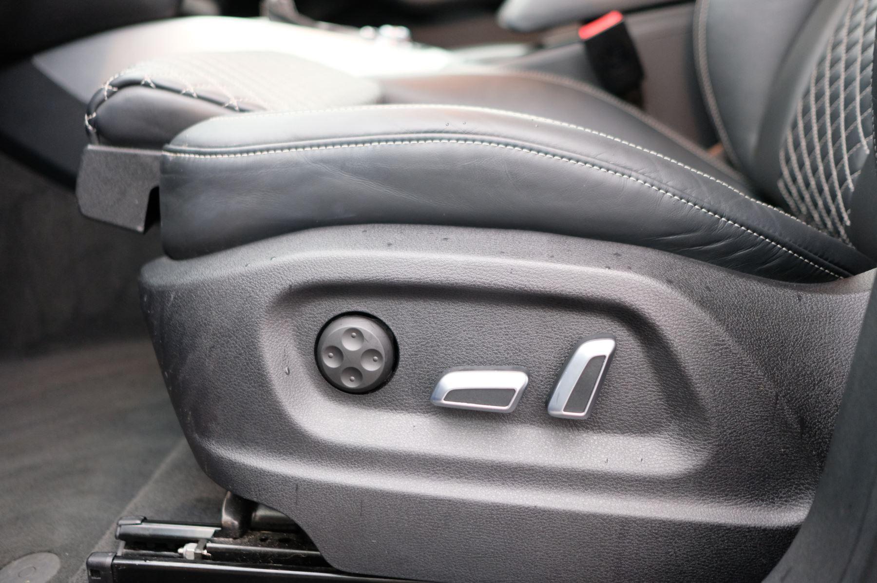Audi Q5 SQ5 Plus Quattro 5dr Tip - Adaptive cruise control image 14