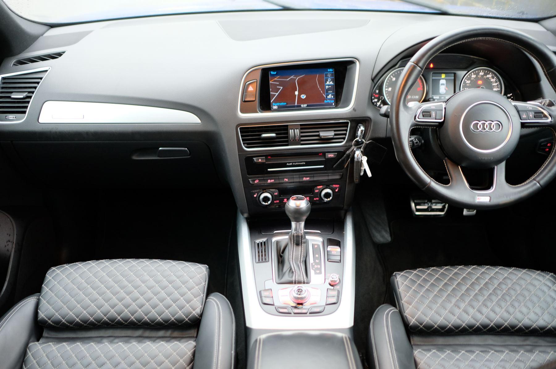 Audi Q5 SQ5 Plus Quattro 5dr Tip - Adaptive cruise control image 18