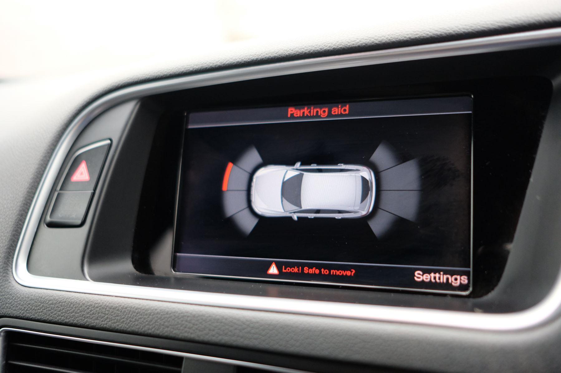 Audi Q5 SQ5 Plus Quattro 5dr Tip - Adaptive cruise control image 24