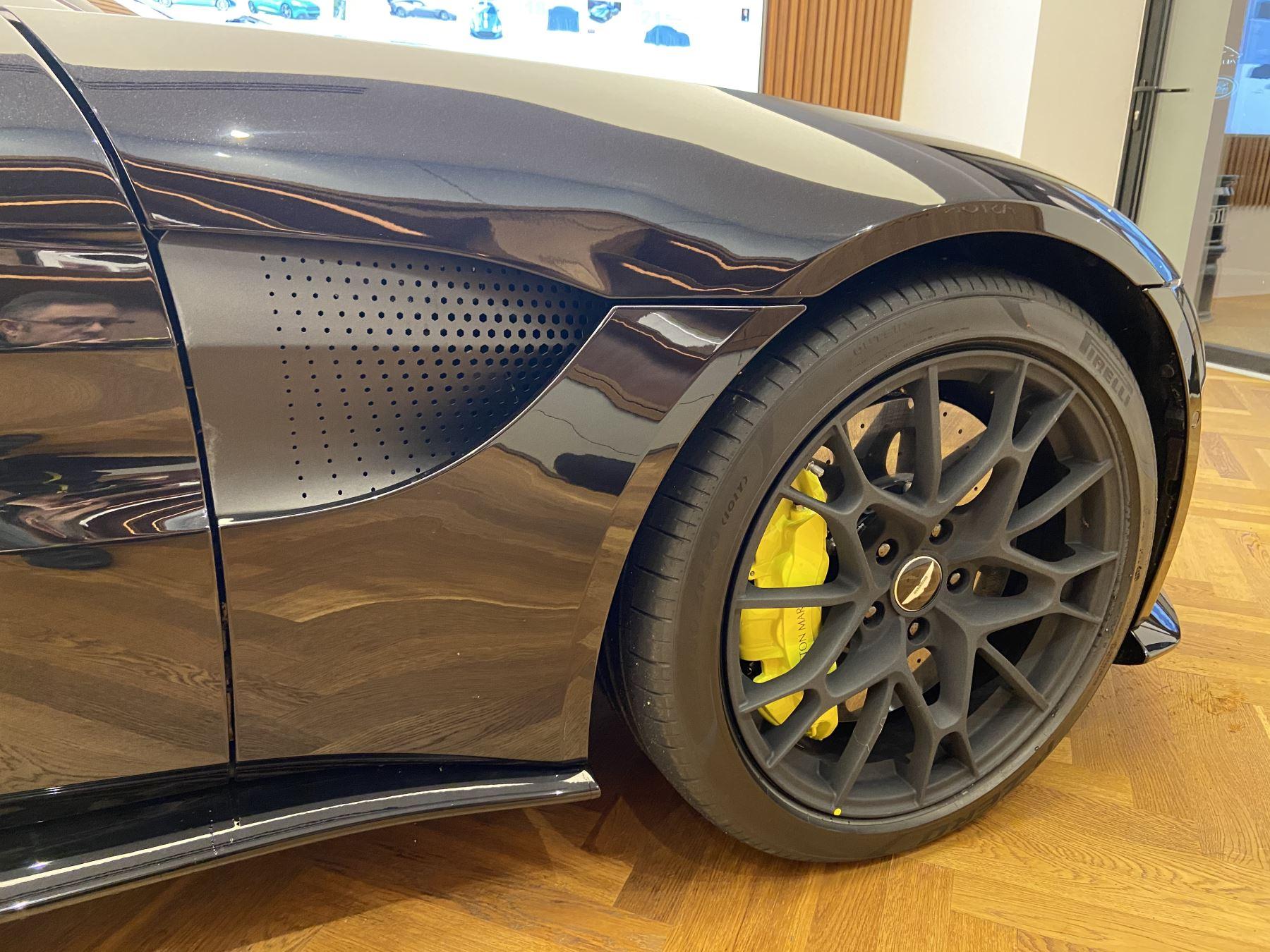 Aston Martin New Vantage AMR Hero Edition  image 3