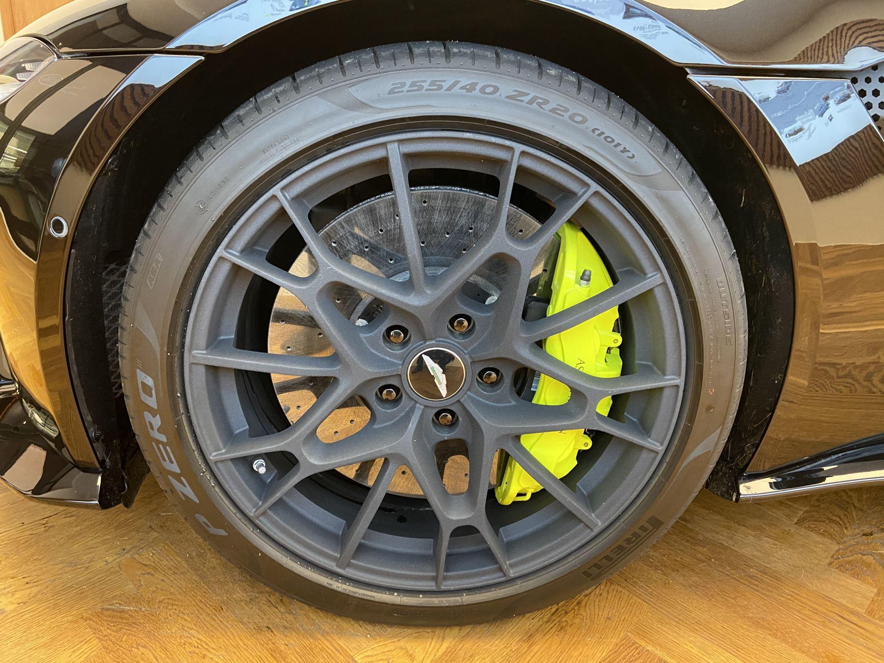 Aston Martin New Vantage AMR Hero Edition  image 5