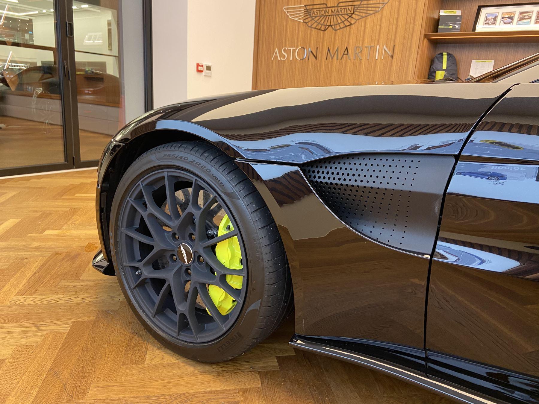 Aston Martin New Vantage AMR Hero Edition  image 6