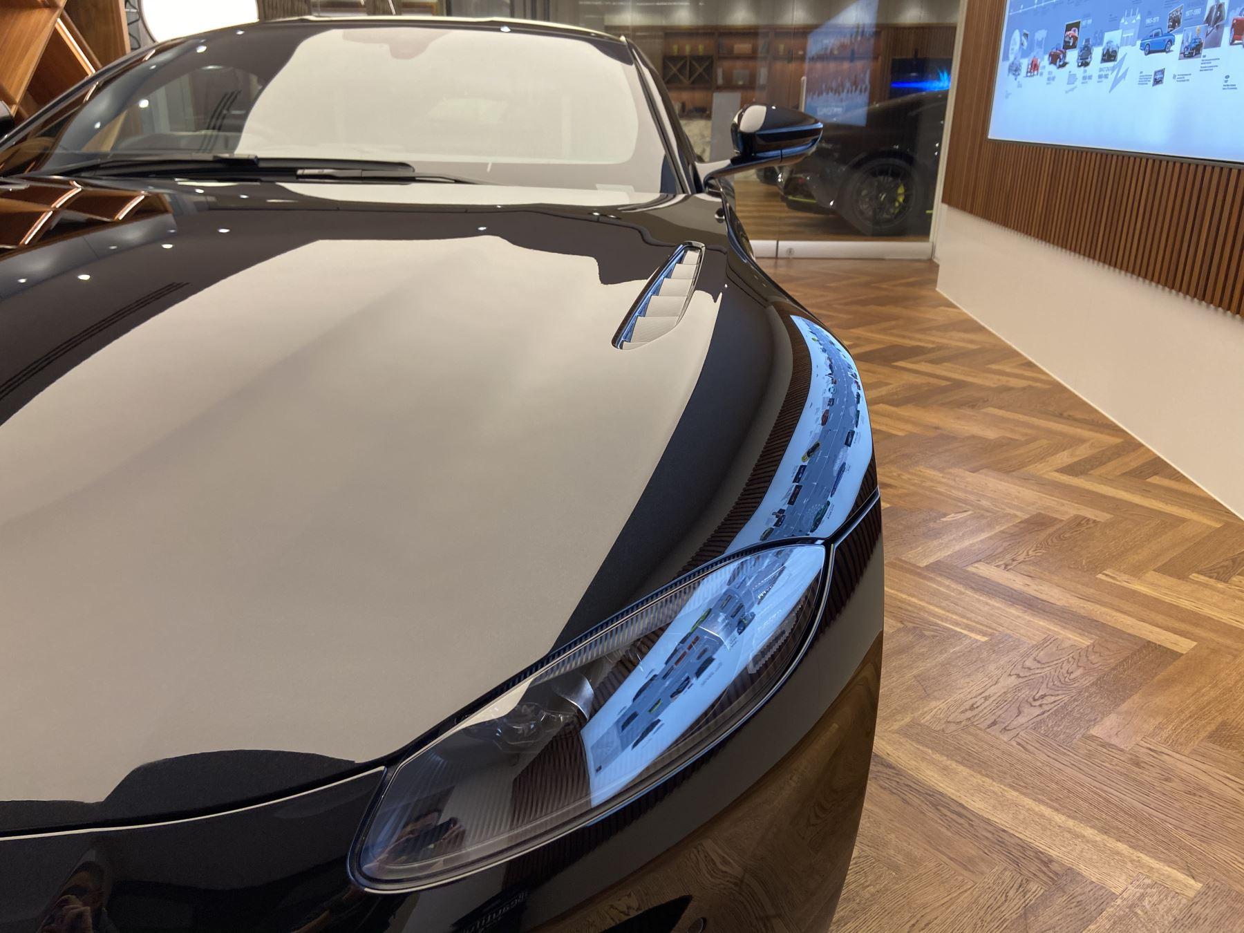 Aston Martin New Vantage AMR Hero Edition  image 30