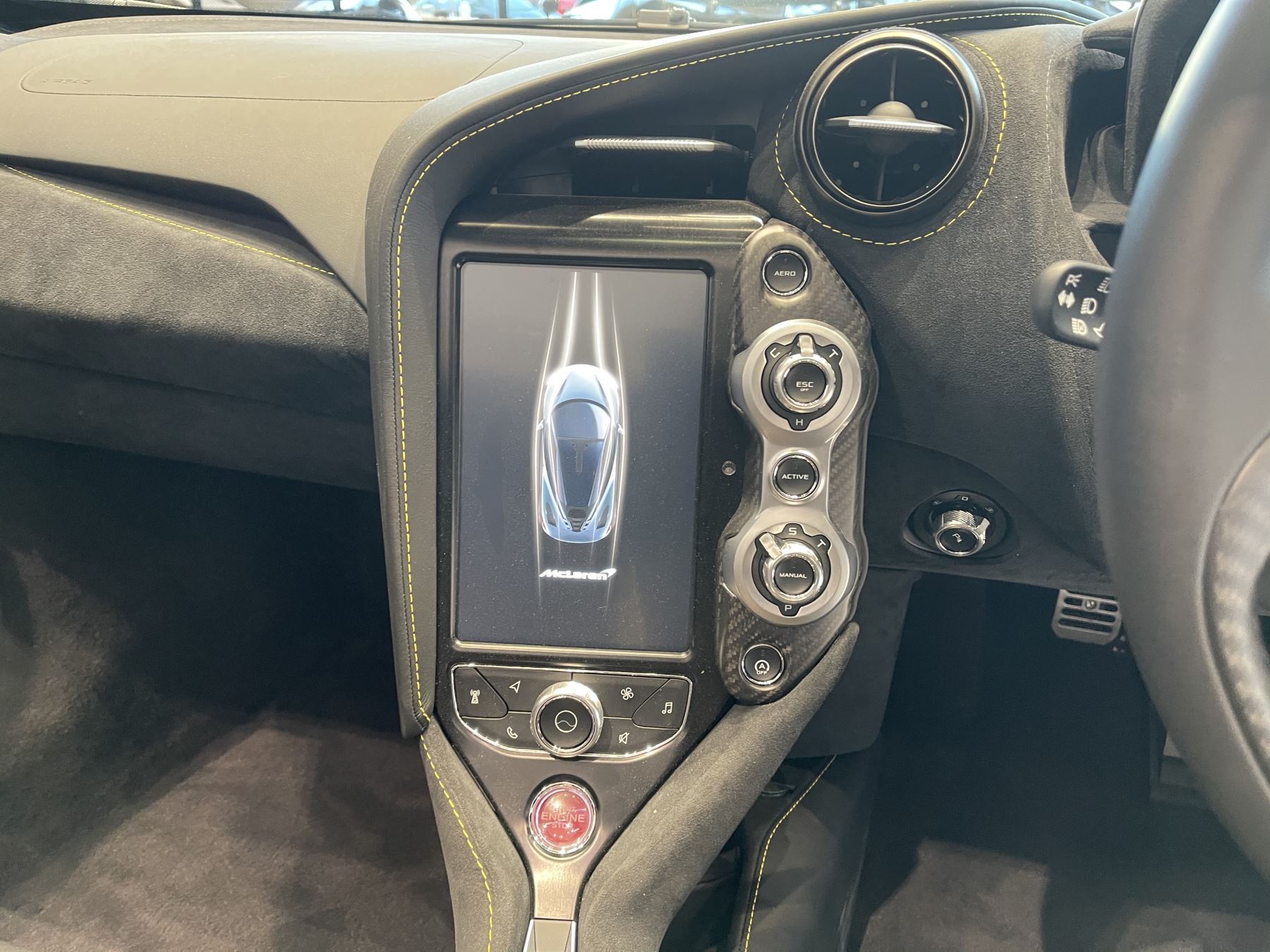 McLaren 720S Spider 4.V8 2 DR PERFORMANCE image 28