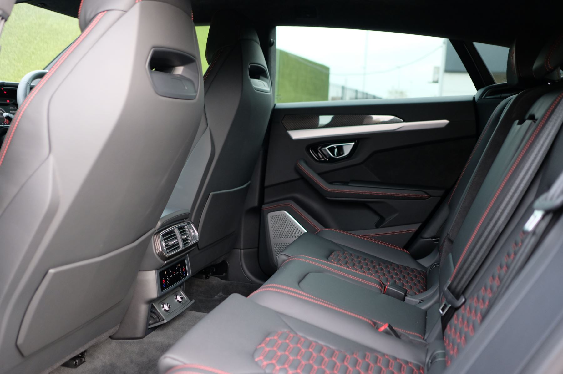 Lamborghini Urus 4.0T FSI V8 5dr Auto image 6
