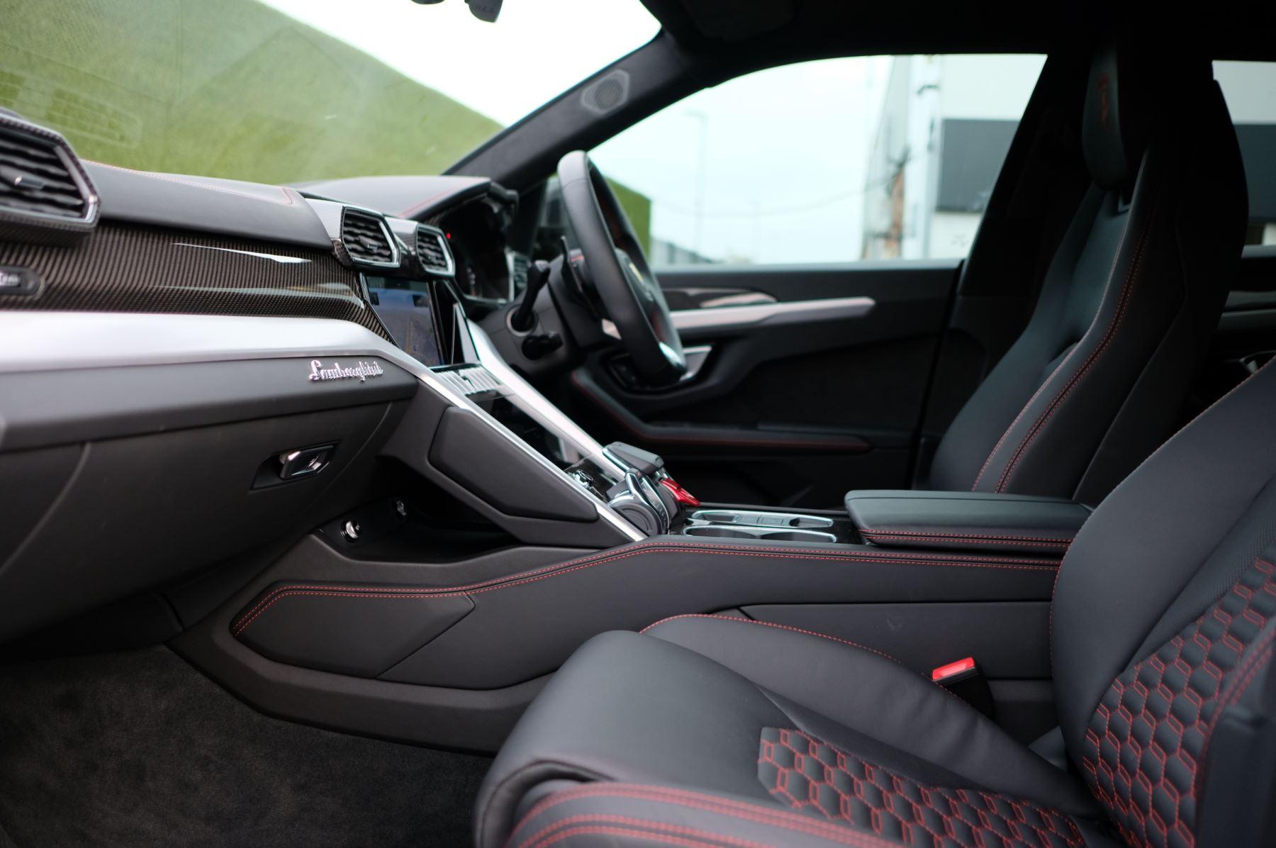 Lamborghini Urus 4.0T FSI V8 5dr Auto image 8