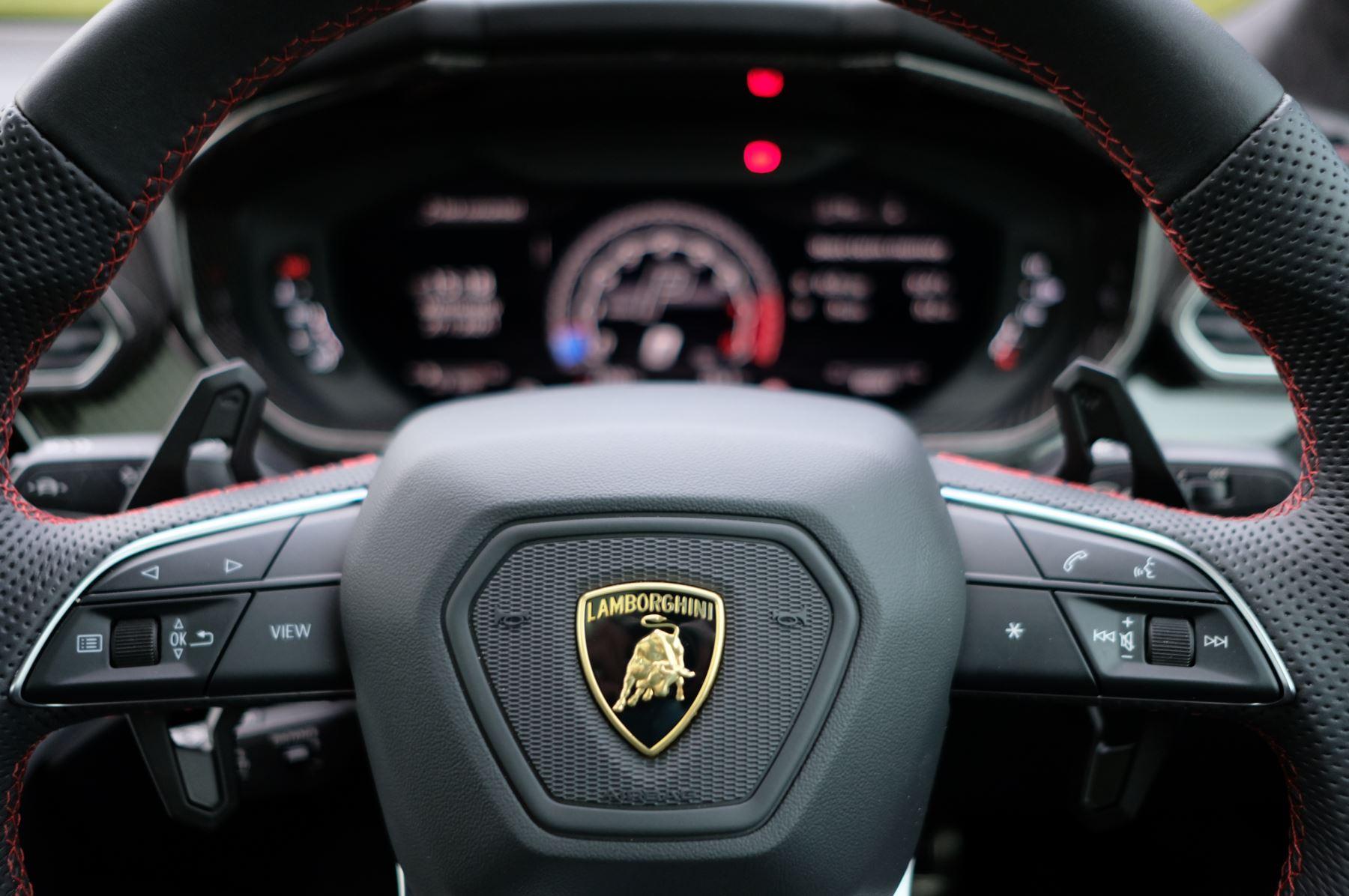 Lamborghini Urus 4.0T FSI V8 5dr Auto image 19