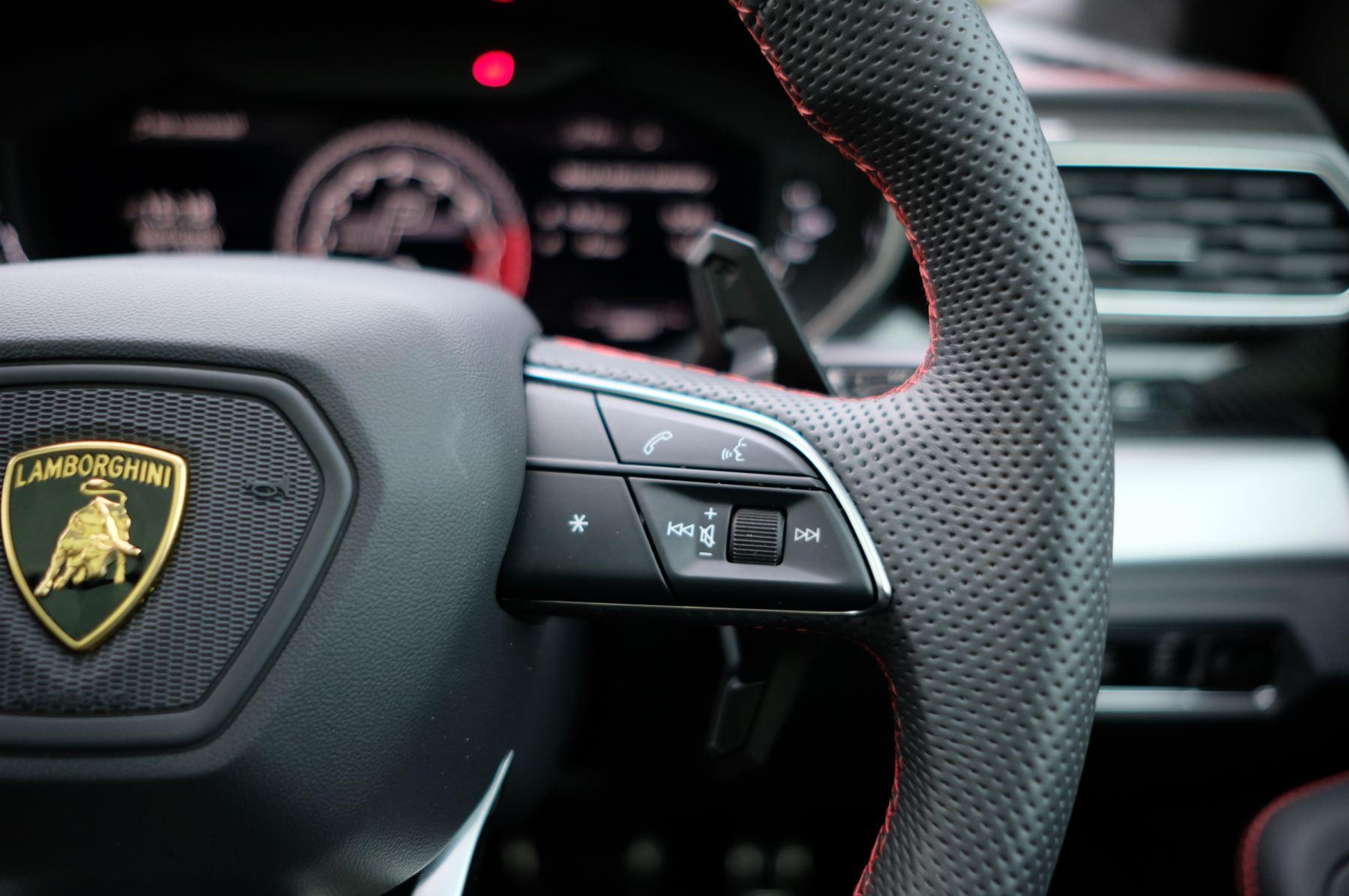 Lamborghini Urus 4.0T FSI V8 5dr Auto image 25