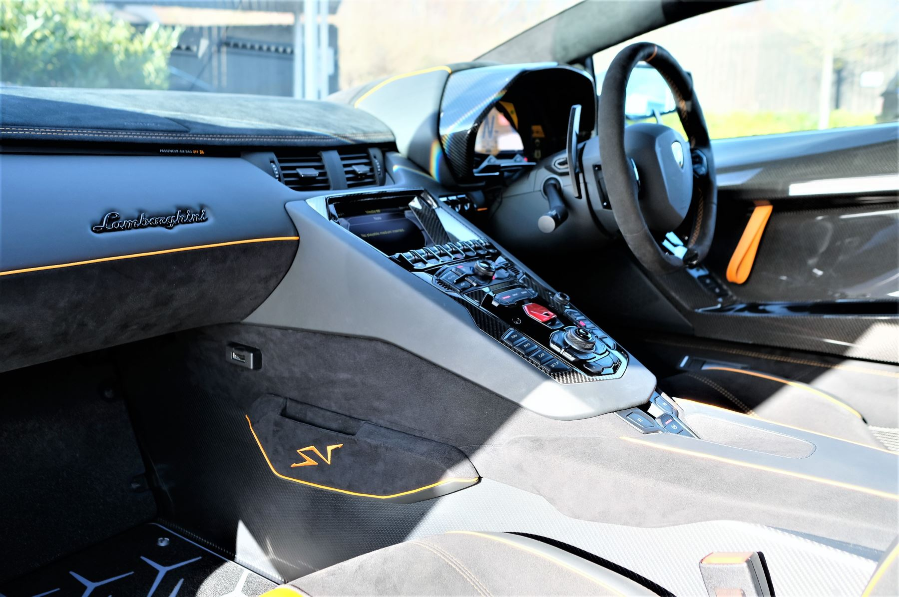 Lamborghini Aventador LP 750-4 Superveloce 2dr ISR image 7