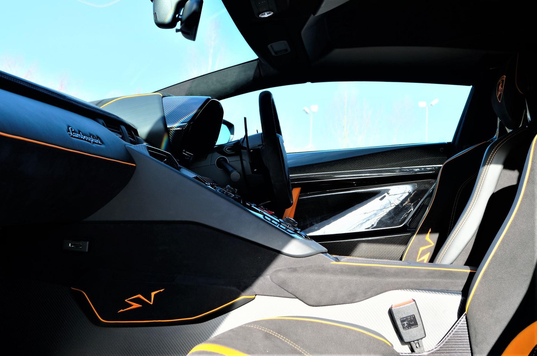 Lamborghini Aventador LP 750-4 Superveloce 2dr ISR image 6