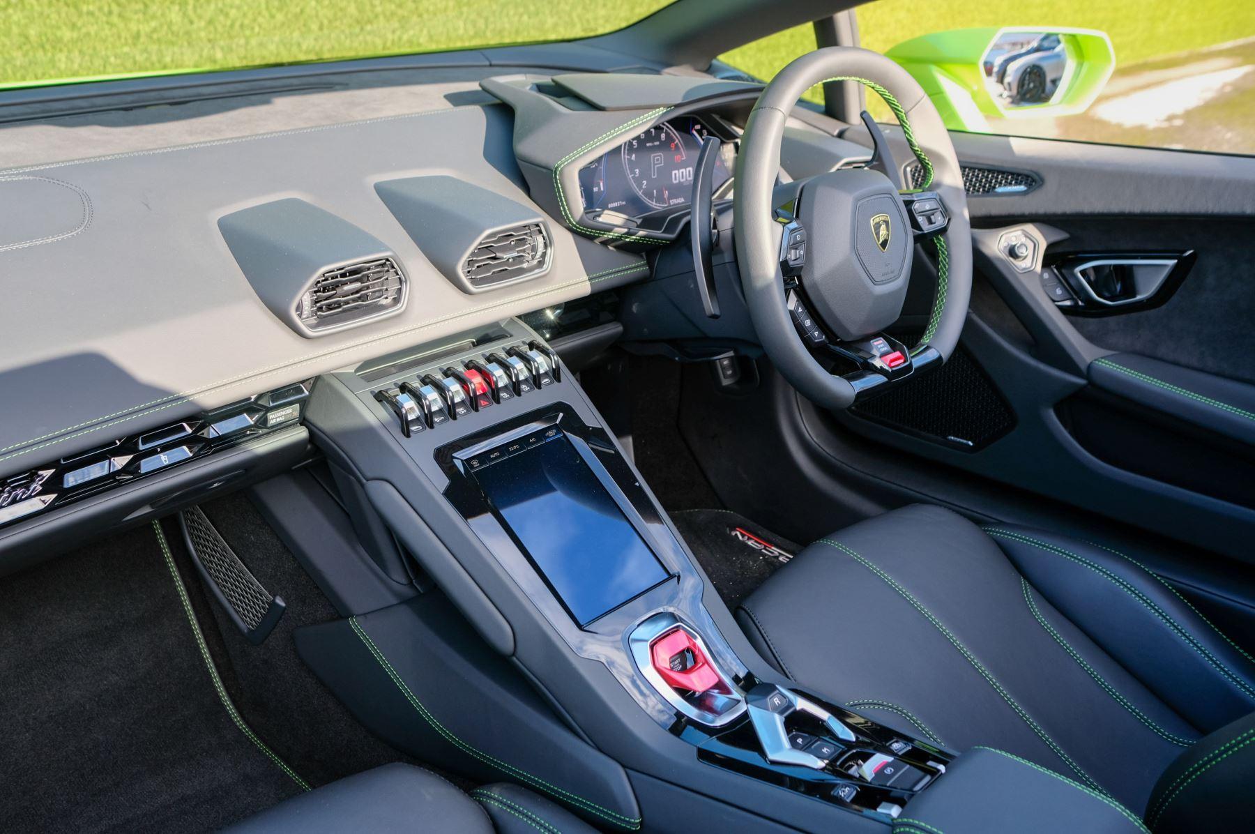 Lamborghini Huracan EVO Spyder 5.2 V10 610 2dr Auto image 7