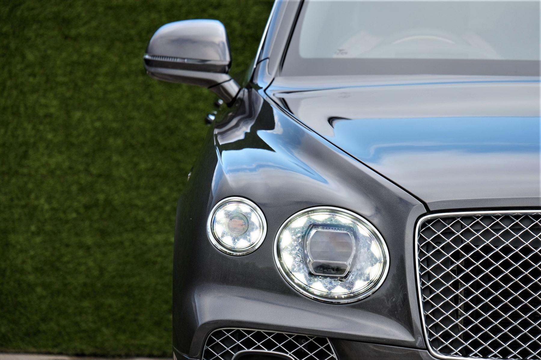 Bentley Bentayga First Edition 4.0 V8  image 6