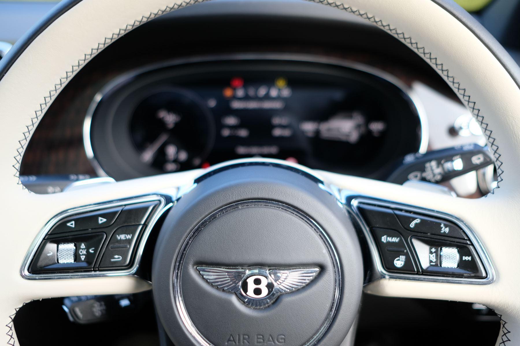 Bentley Bentayga First Edition 4.0 V8  image 18