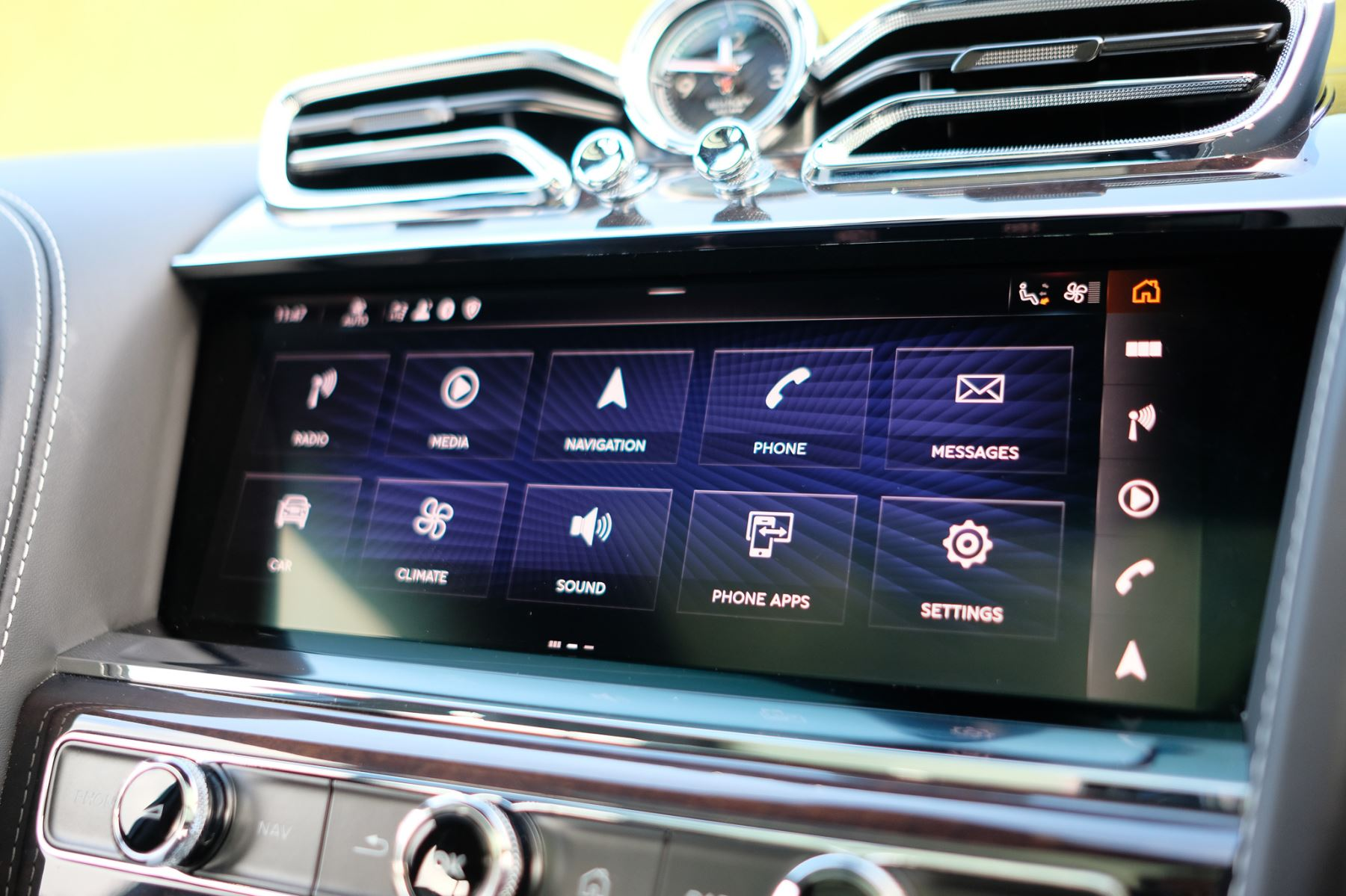Bentley Bentayga First Edition 4.0 V8  image 20