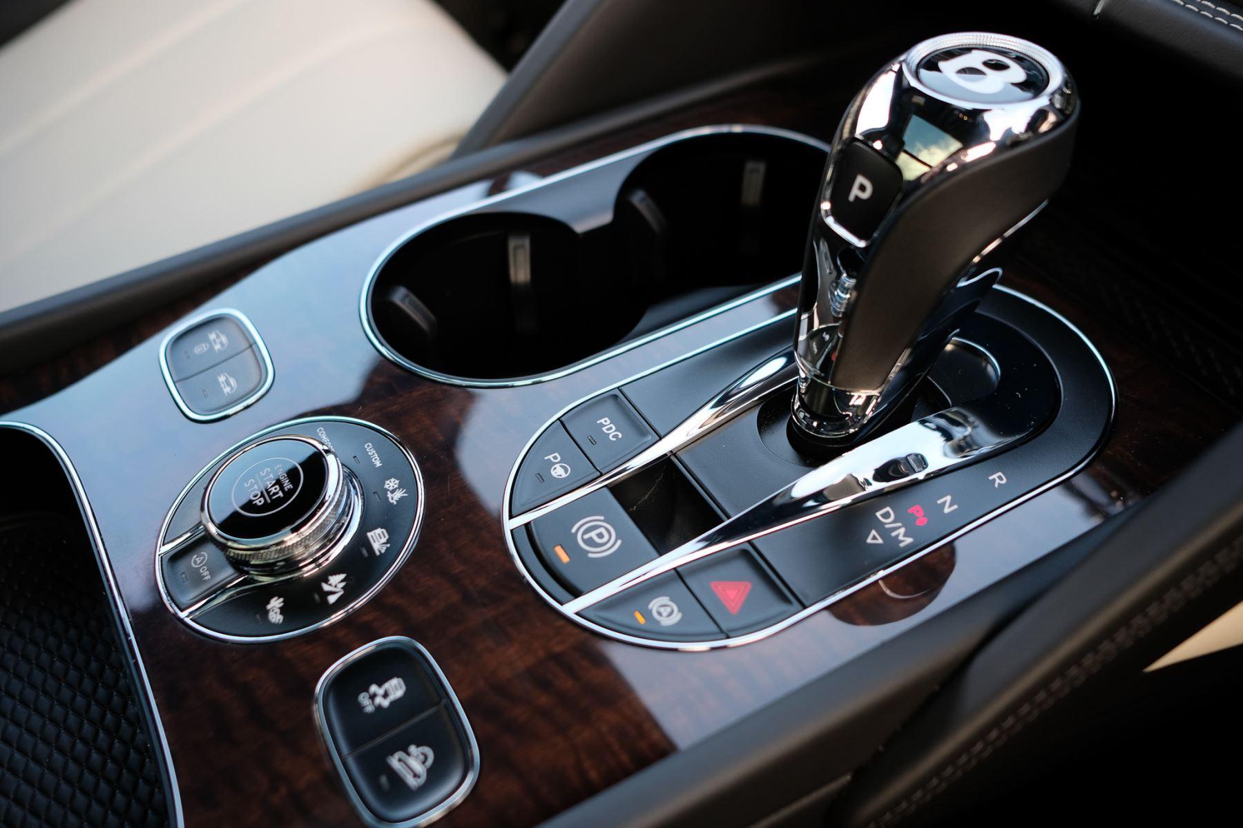 Bentley Bentayga First Edition 4.0 V8  image 22