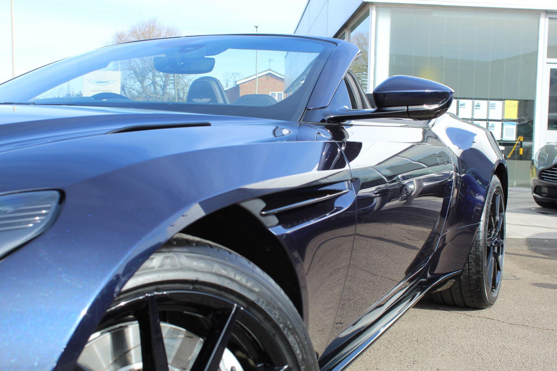 Aston Martin DB11 Volante V8 Volante 2dr Touchtronic image 8
