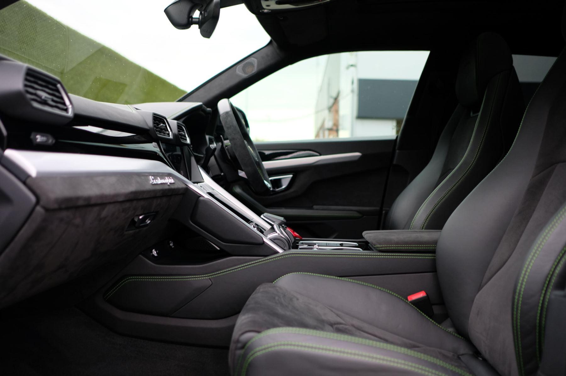 Lamborghini Urus 4.0T FSI V8 5dr image 6