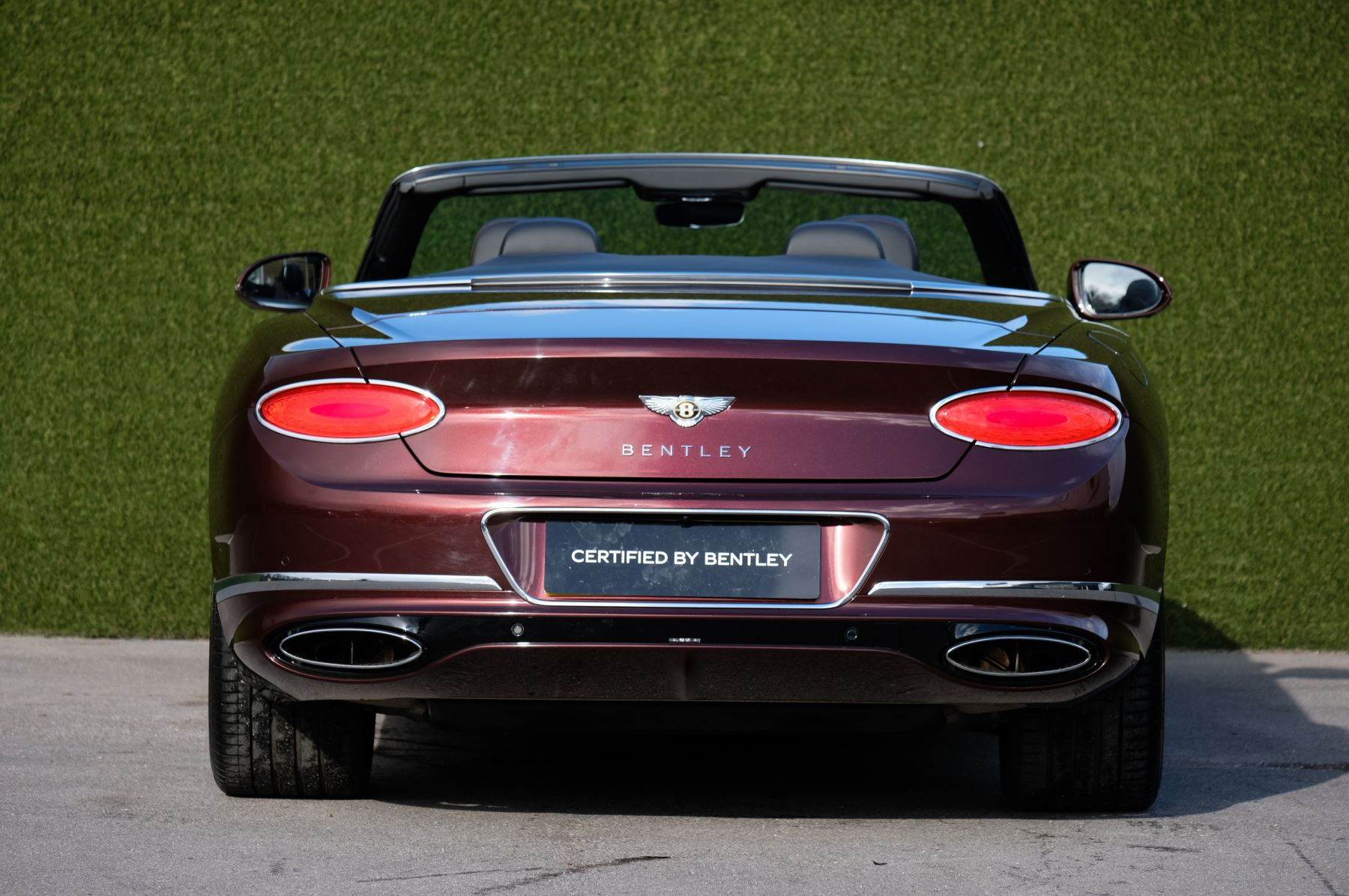 Bentley Continental GTC 6.0 W12 - First Edition Specification image 4