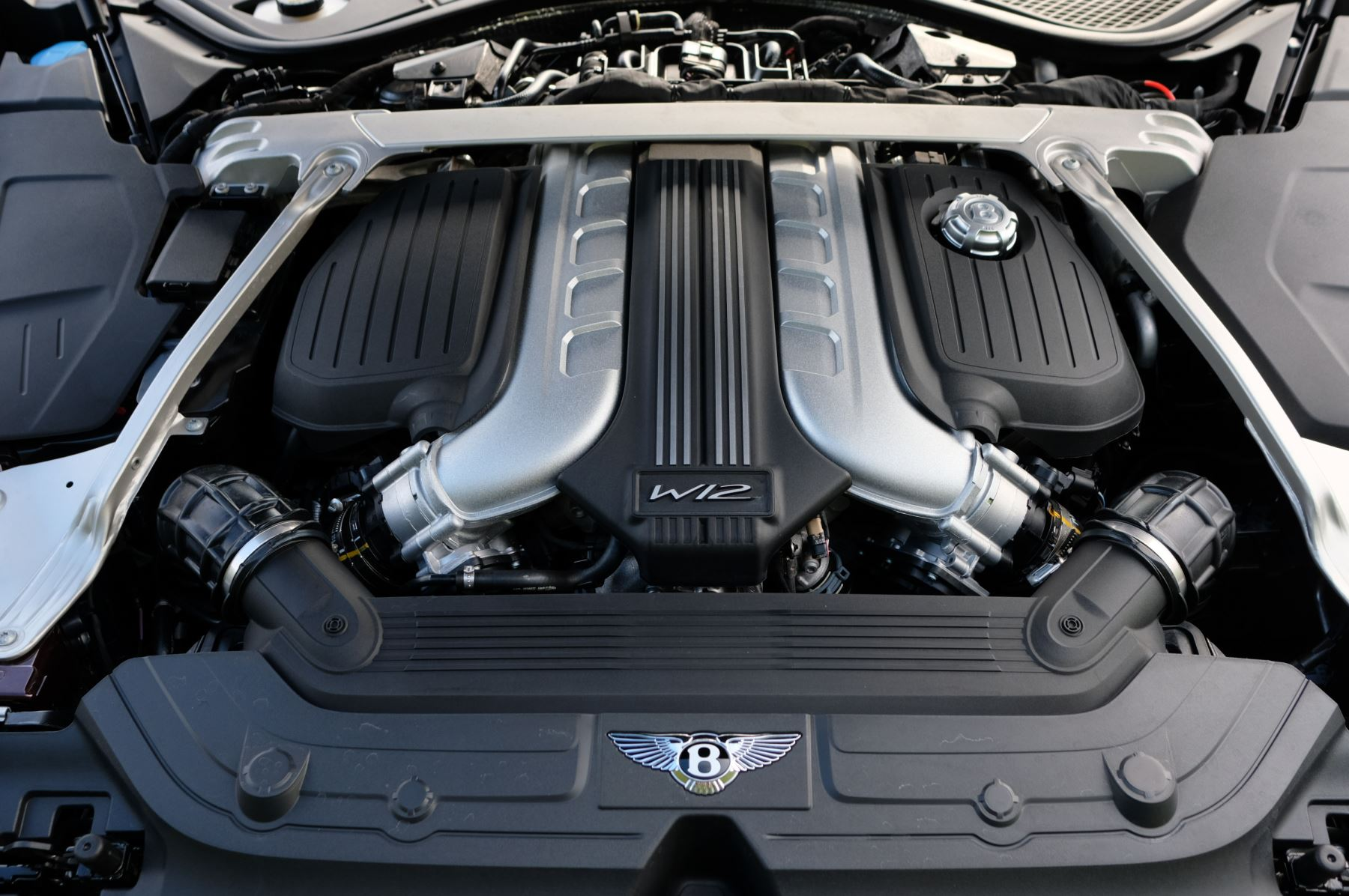 Bentley Continental GTC 6.0 W12 - First Edition Specification image 10