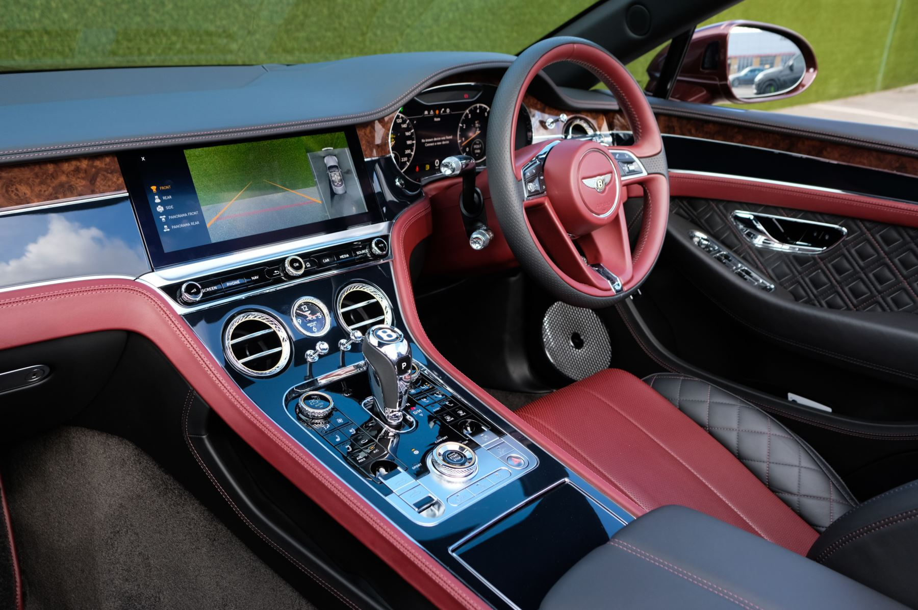 Bentley Continental GTC 6.0 W12 - First Edition Specification image 11