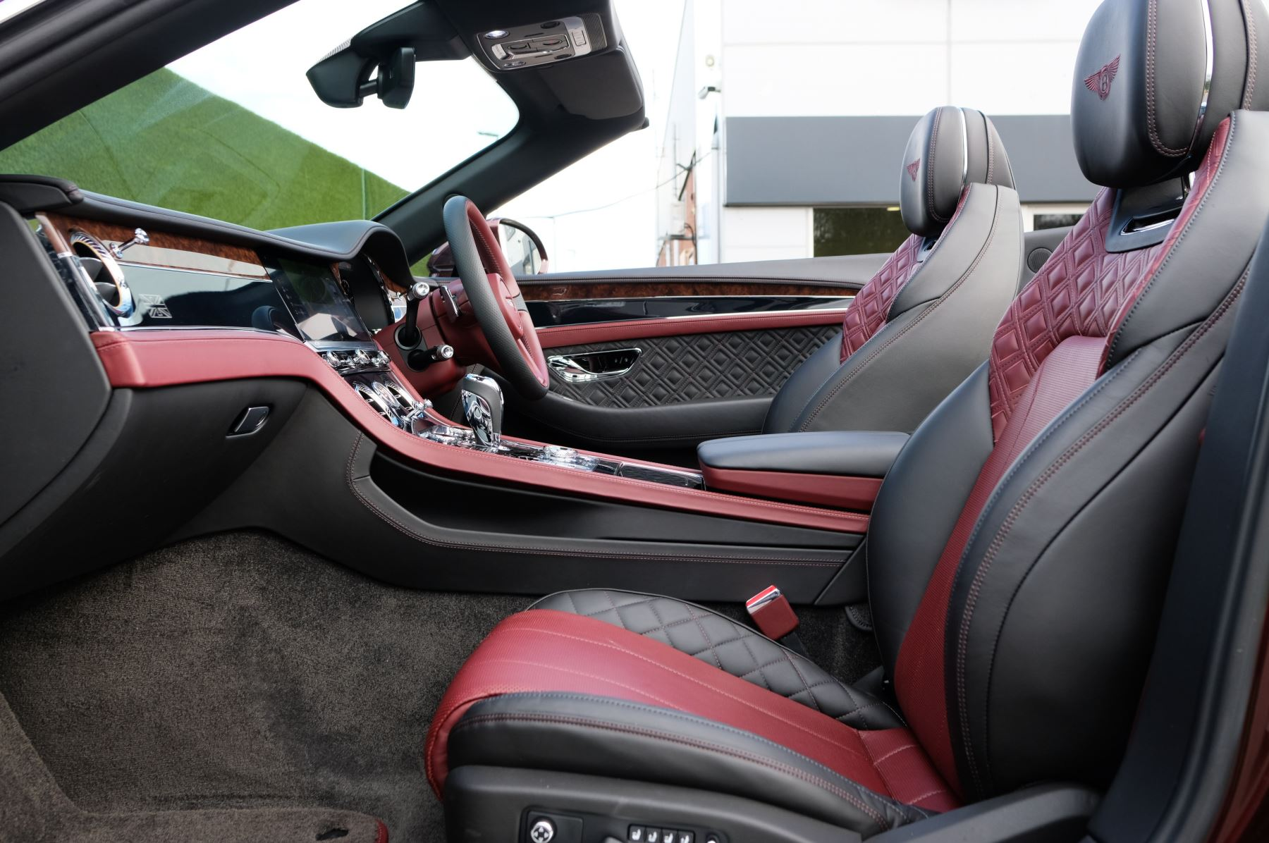 Bentley Continental GTC 6.0 W12 - First Edition Specification image 15