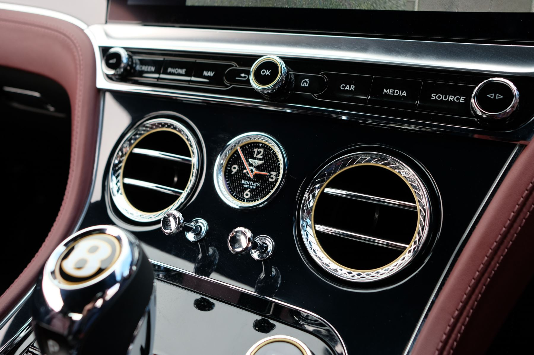 Bentley Continental GTC 6.0 W12 - First Edition Specification image 21